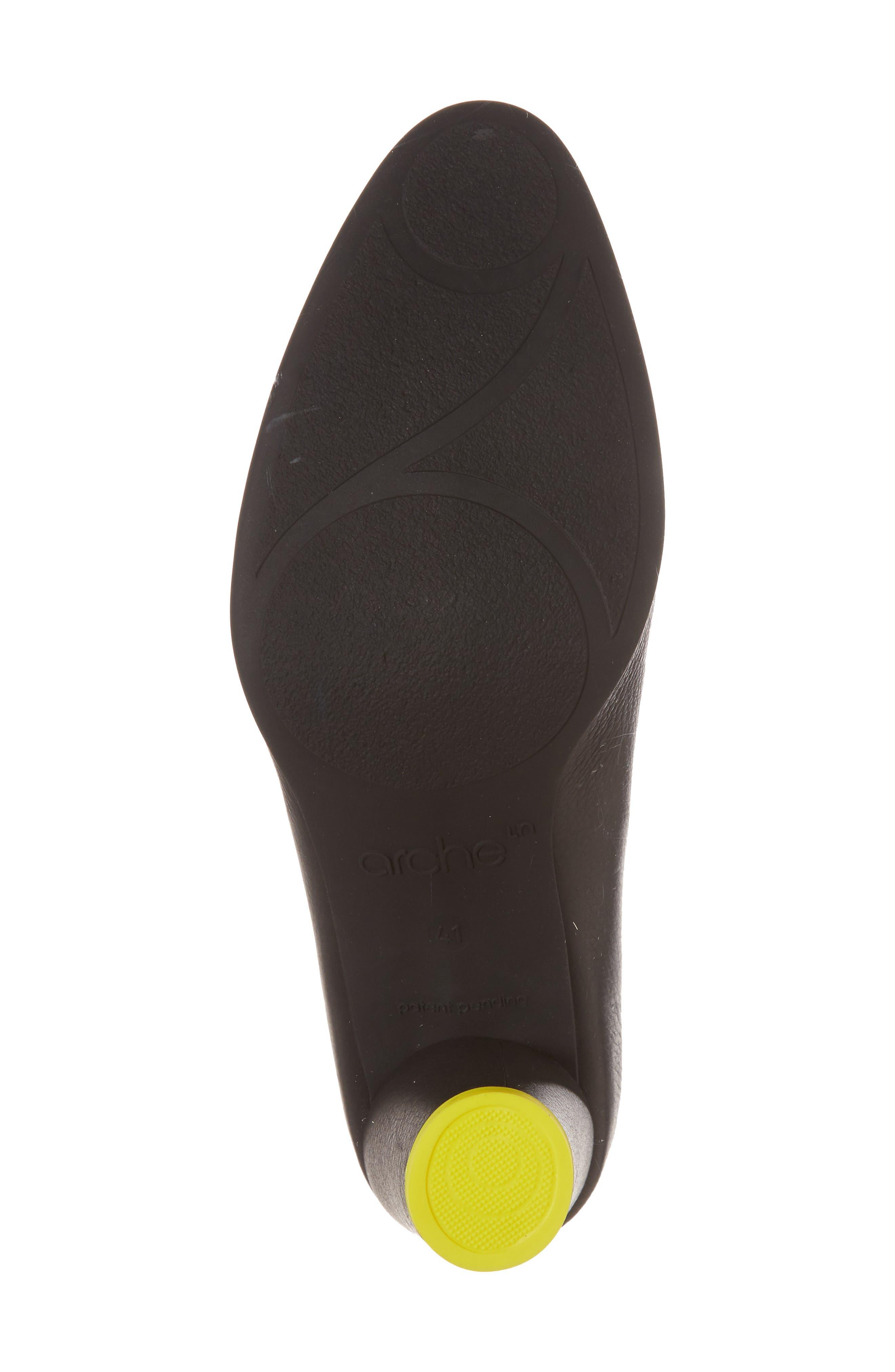 Kloemi Pump,                             Alternate thumbnail 6, color,                             Noir/ Mimosa Leather