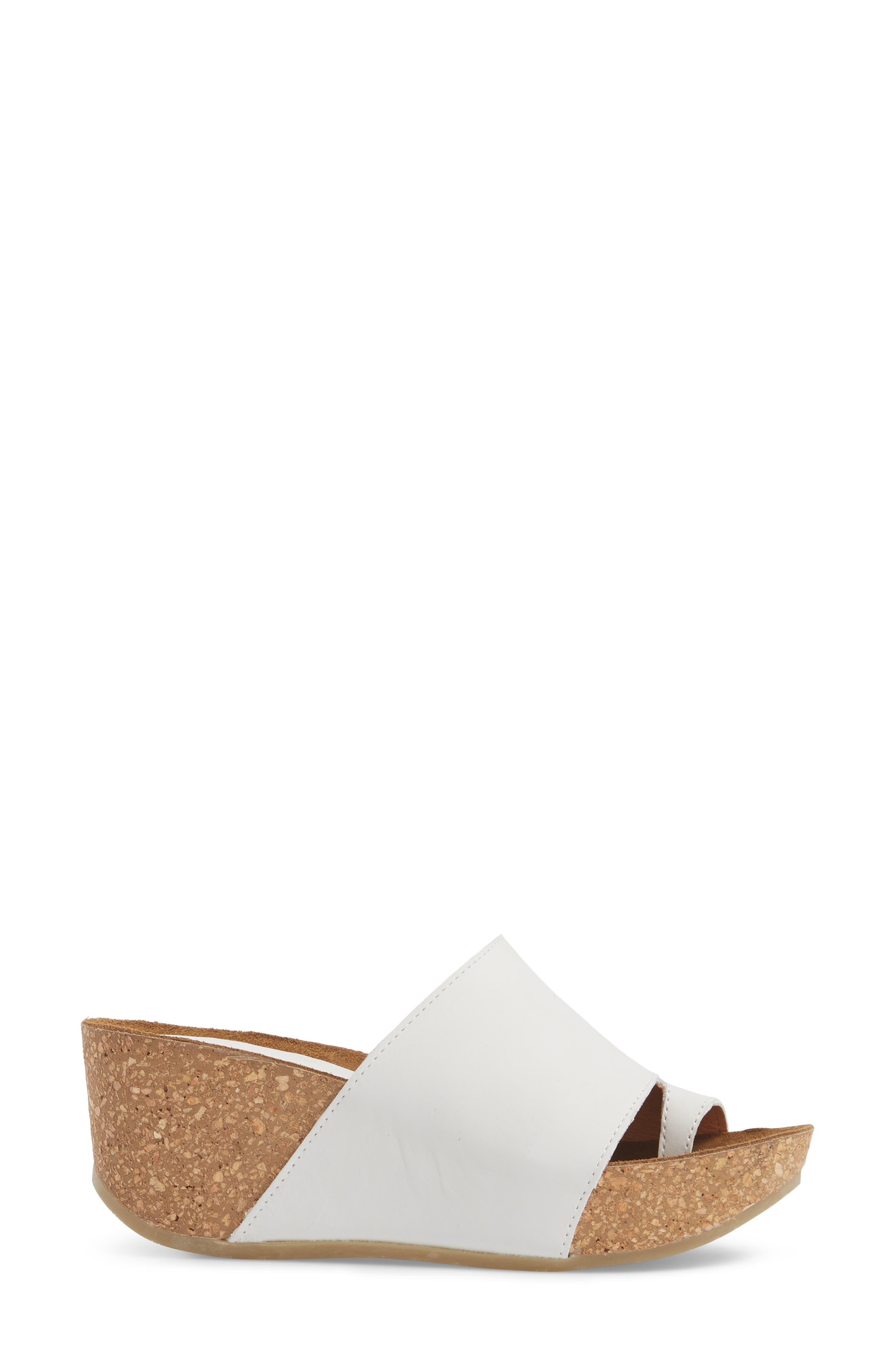 Donald J Pliner Ginie Platform Wedge Sandal,                             Alternate thumbnail 3, color,                             Bone Leather