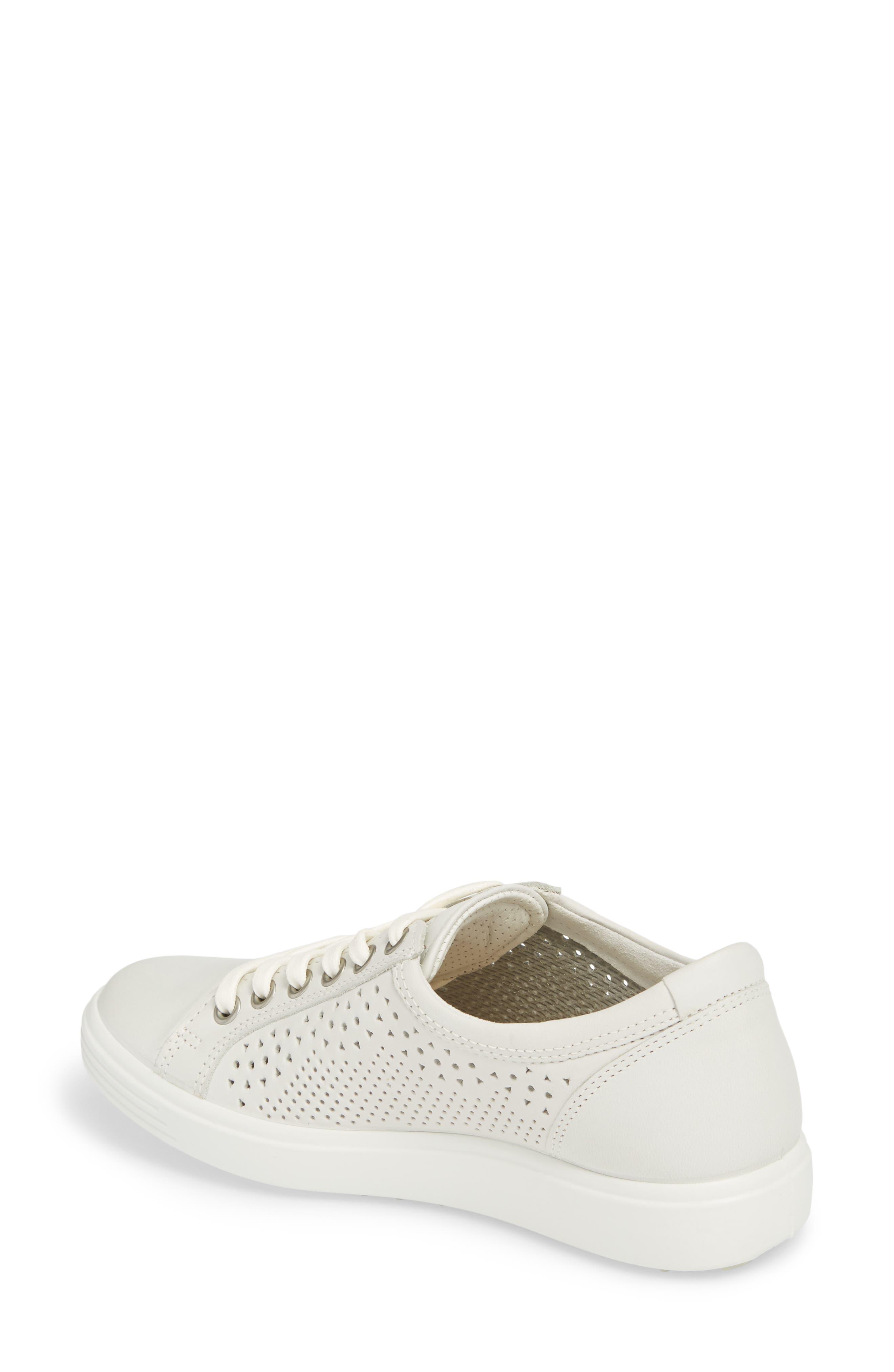 Alternate Image 2  - ECCO Soft 7 Sneaker (Women)