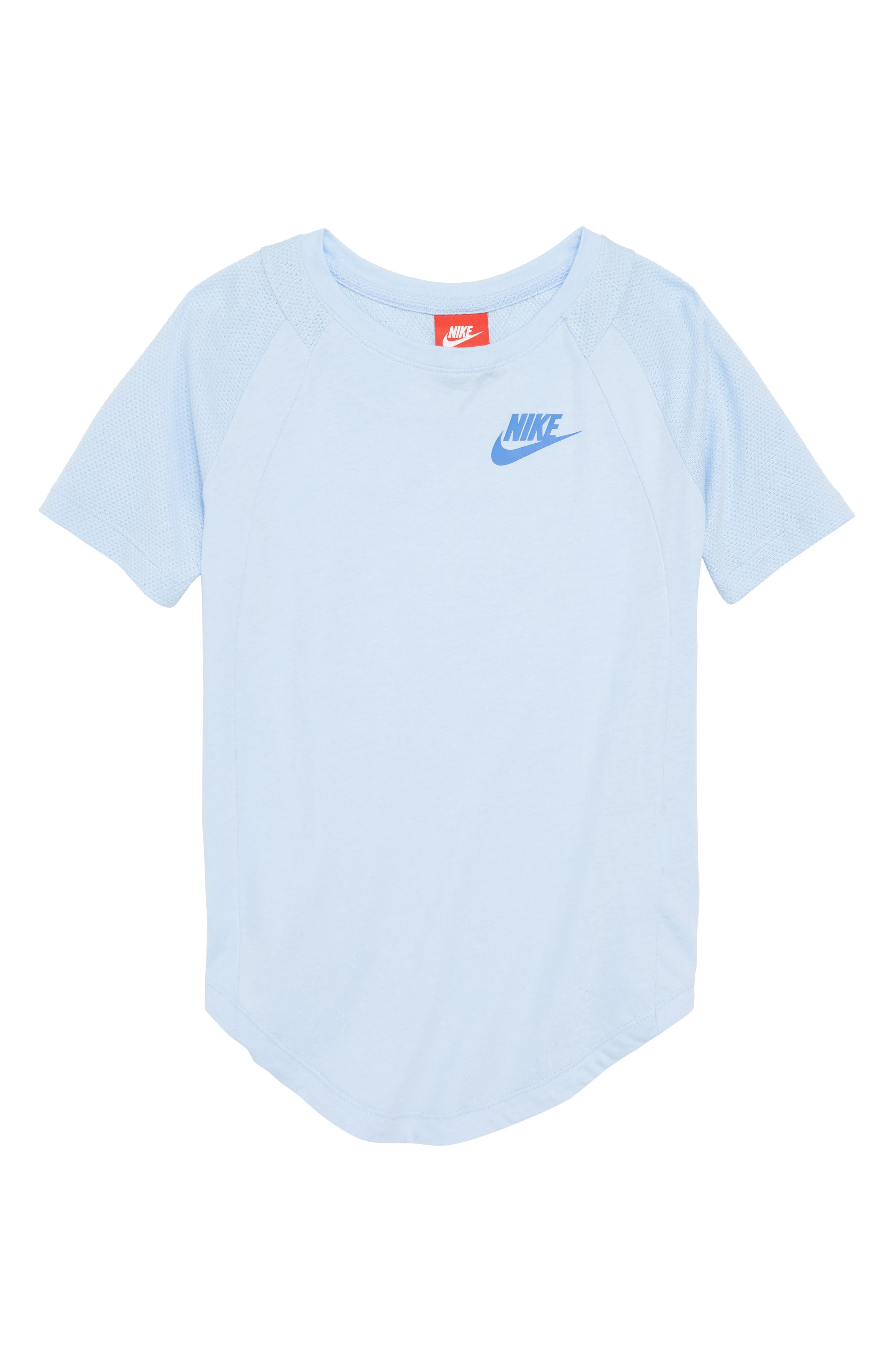 Nike Sportswear Tee (Big Girls)