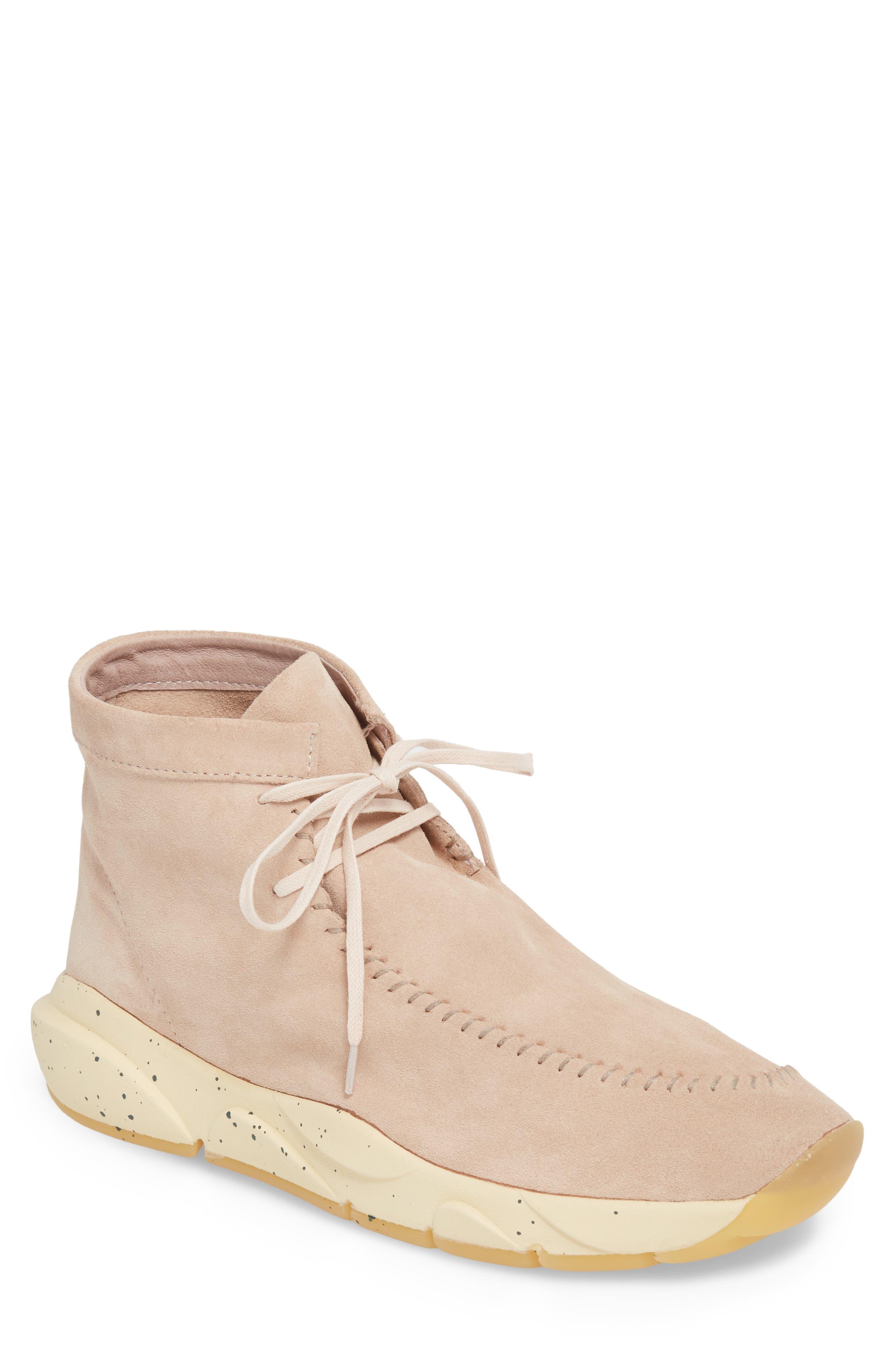 CLEAR WEATHER Castas Asymmetrical Chukka Sneaker in Rose Dust