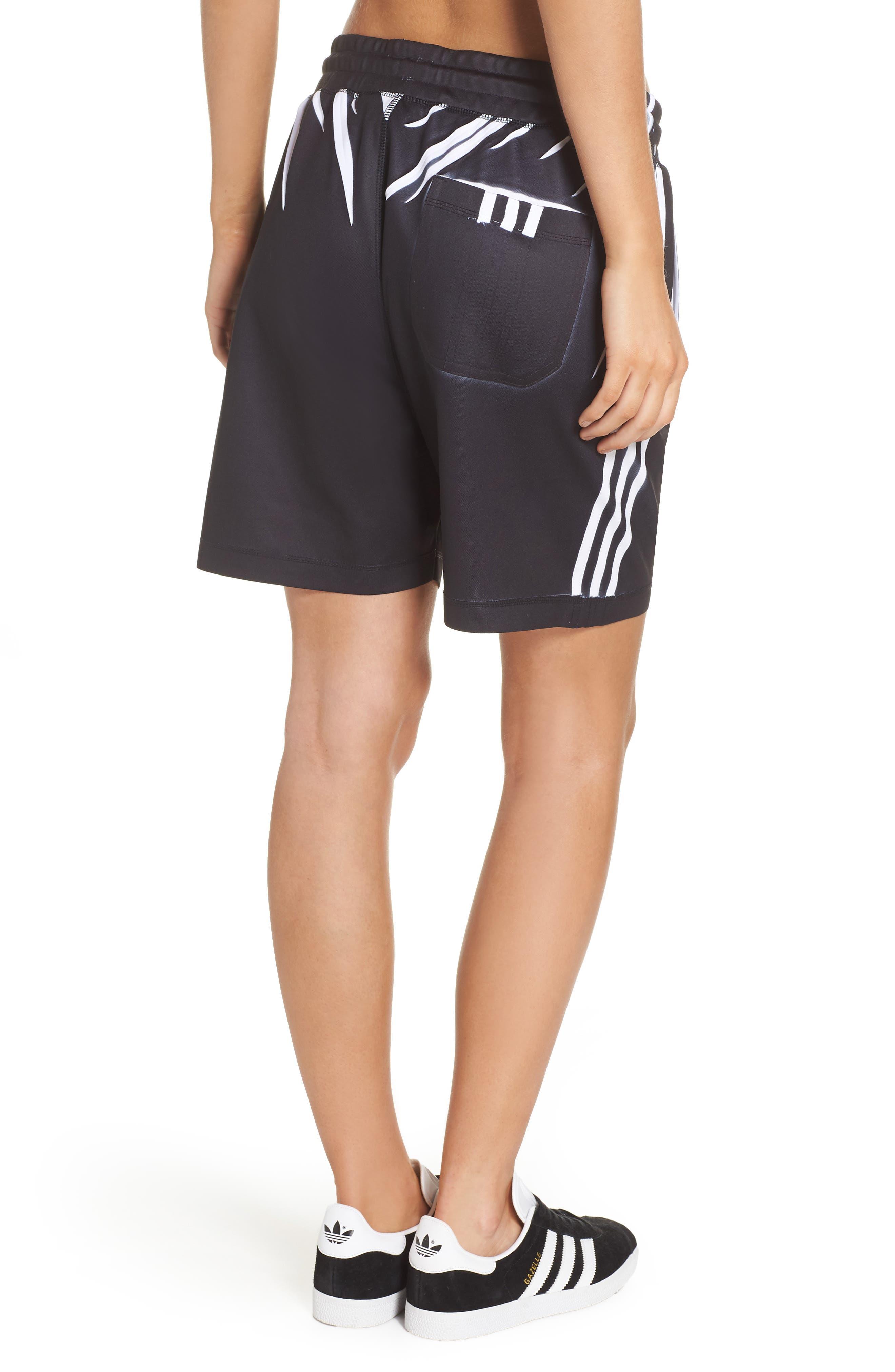 Shorts,                             Alternate thumbnail 2, color,                             Black/ White