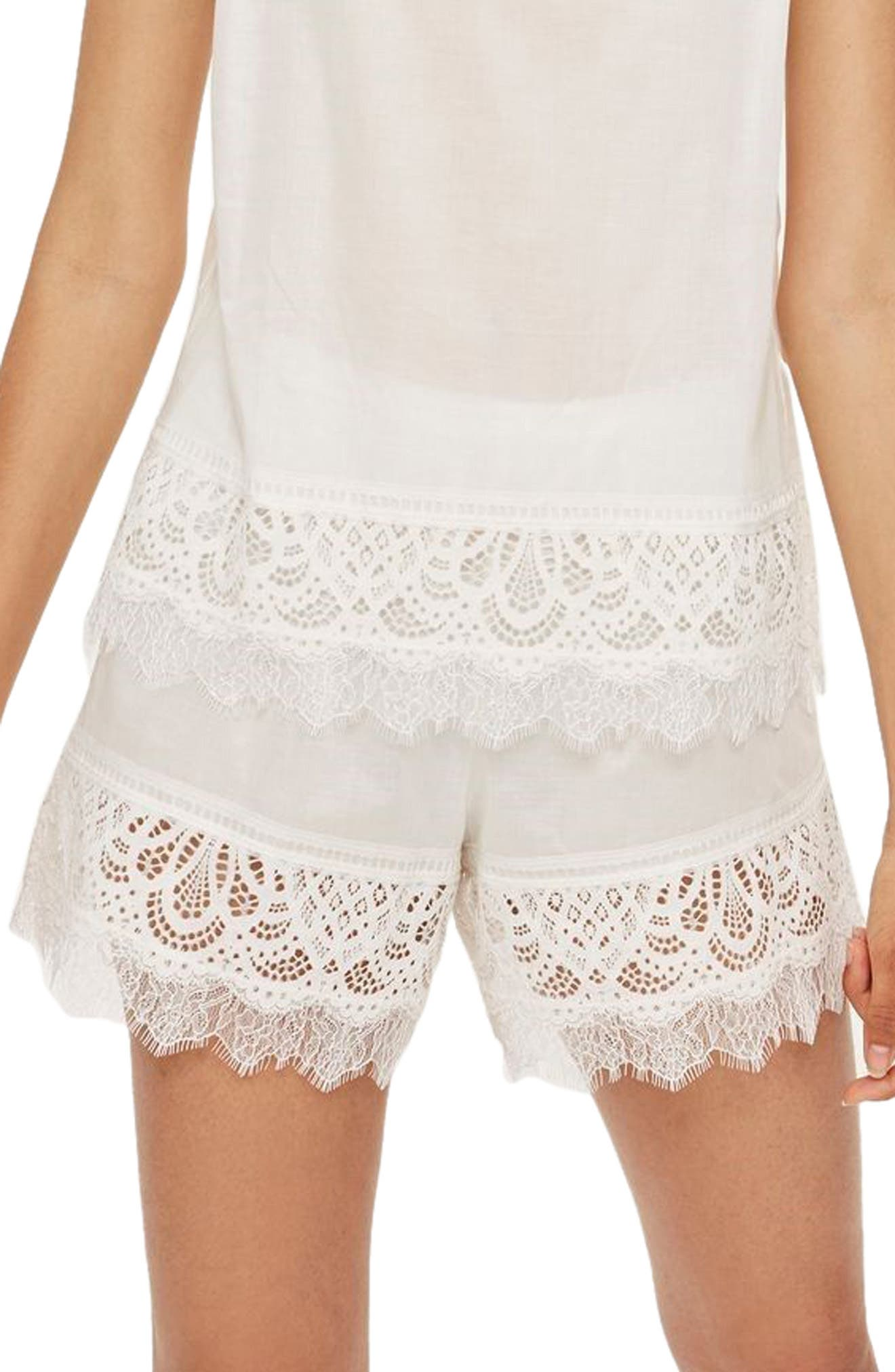 Lydia Lace Shorts by Topshop