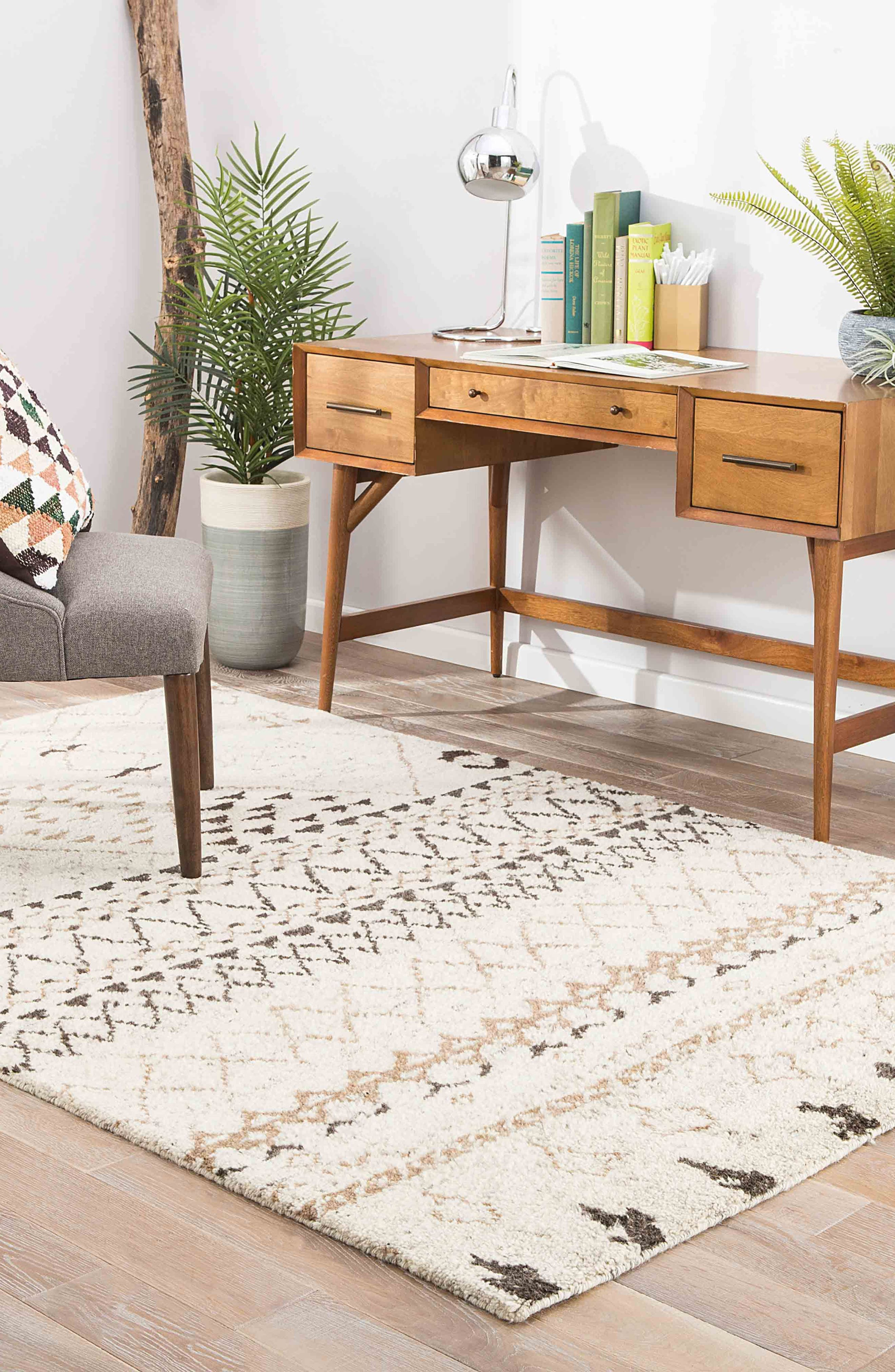 'Zola Zag' Wool Area Rug,                             Alternate thumbnail 3, color,                             Ivory/ Taupe