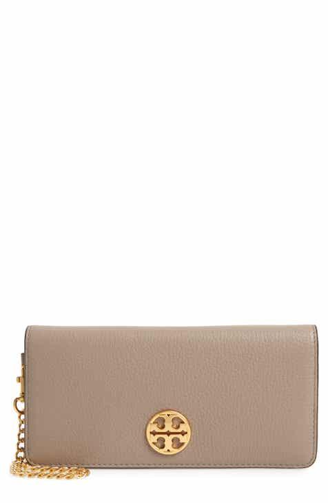 f298cea53aaf8 Tory Burch Chelsea Leather Wristlet Wallet