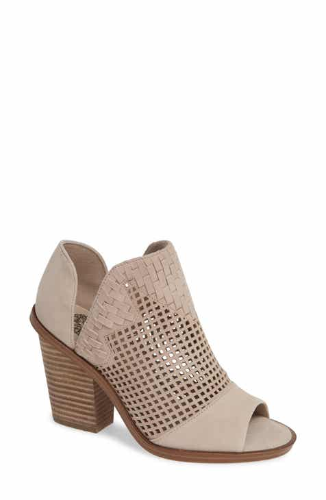 d1421f7bc46504 Vince Camuto Fritzey Perforated Peep Toe Bootie (Women)