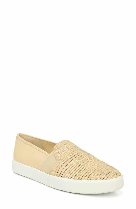 26f9d83ac2a2 Vince Blair 5 Slip-On Sneaker (Women)