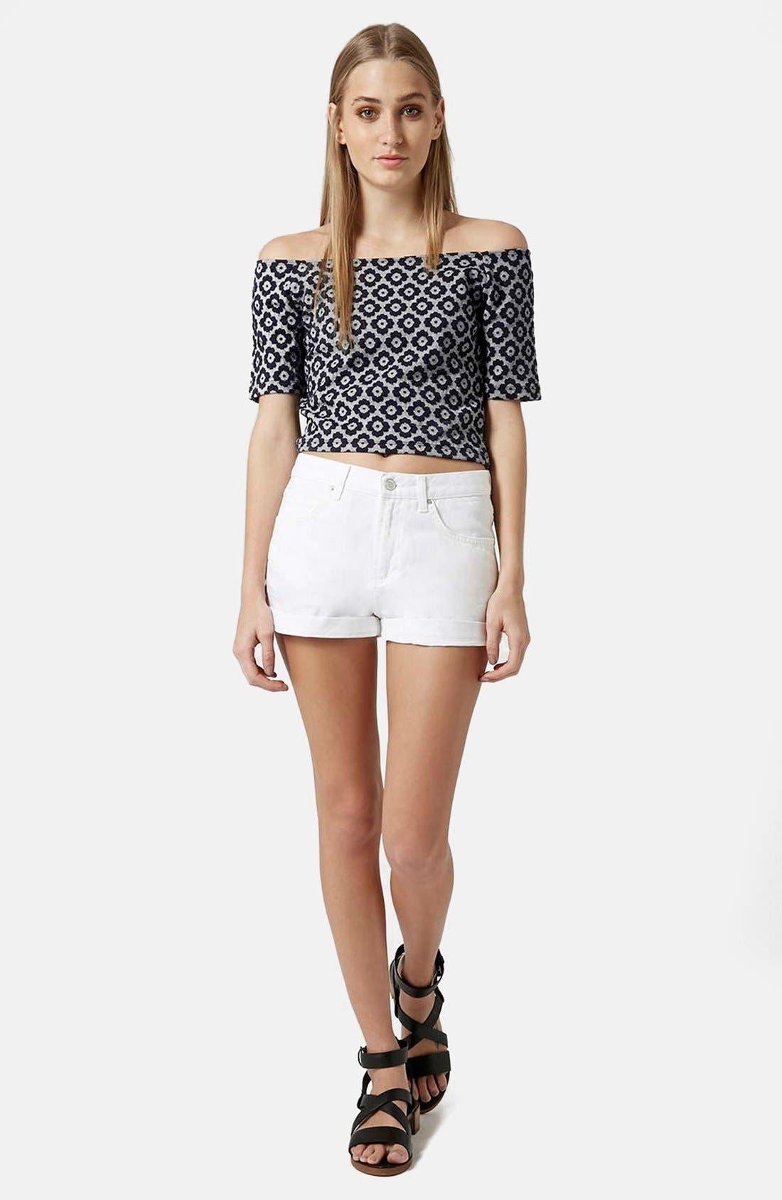 Alternate Image 5  - Topshop Moto 'Rosa' Cuffed Denim Shorts (White)