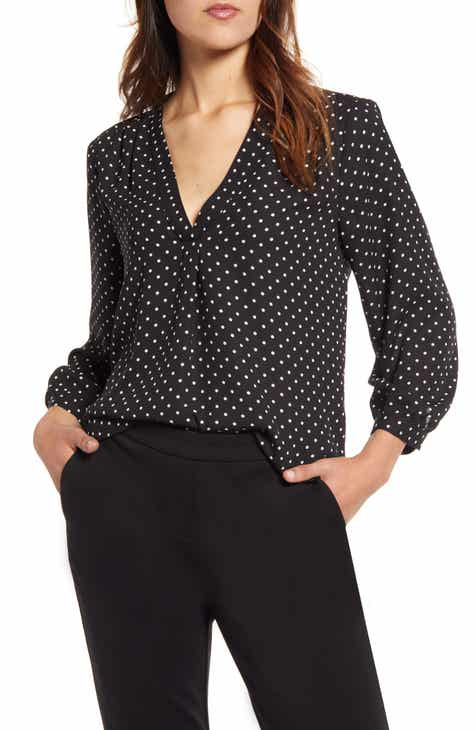 On Sale Vince Camuto Polka Dot V-Neck Top