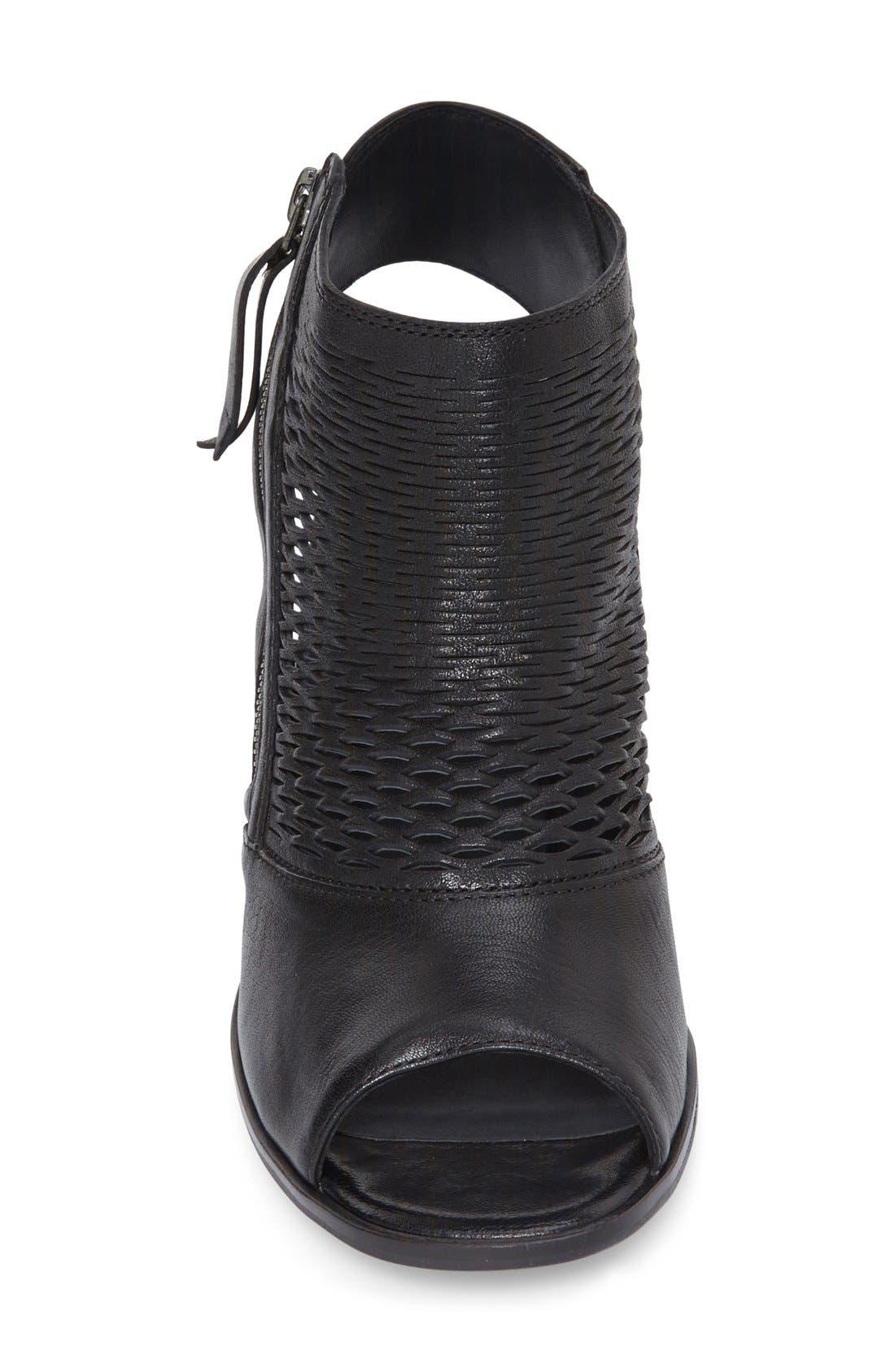 'Willow' Peep Toe Sandal,                             Alternate thumbnail 4, color,                             Black Leather