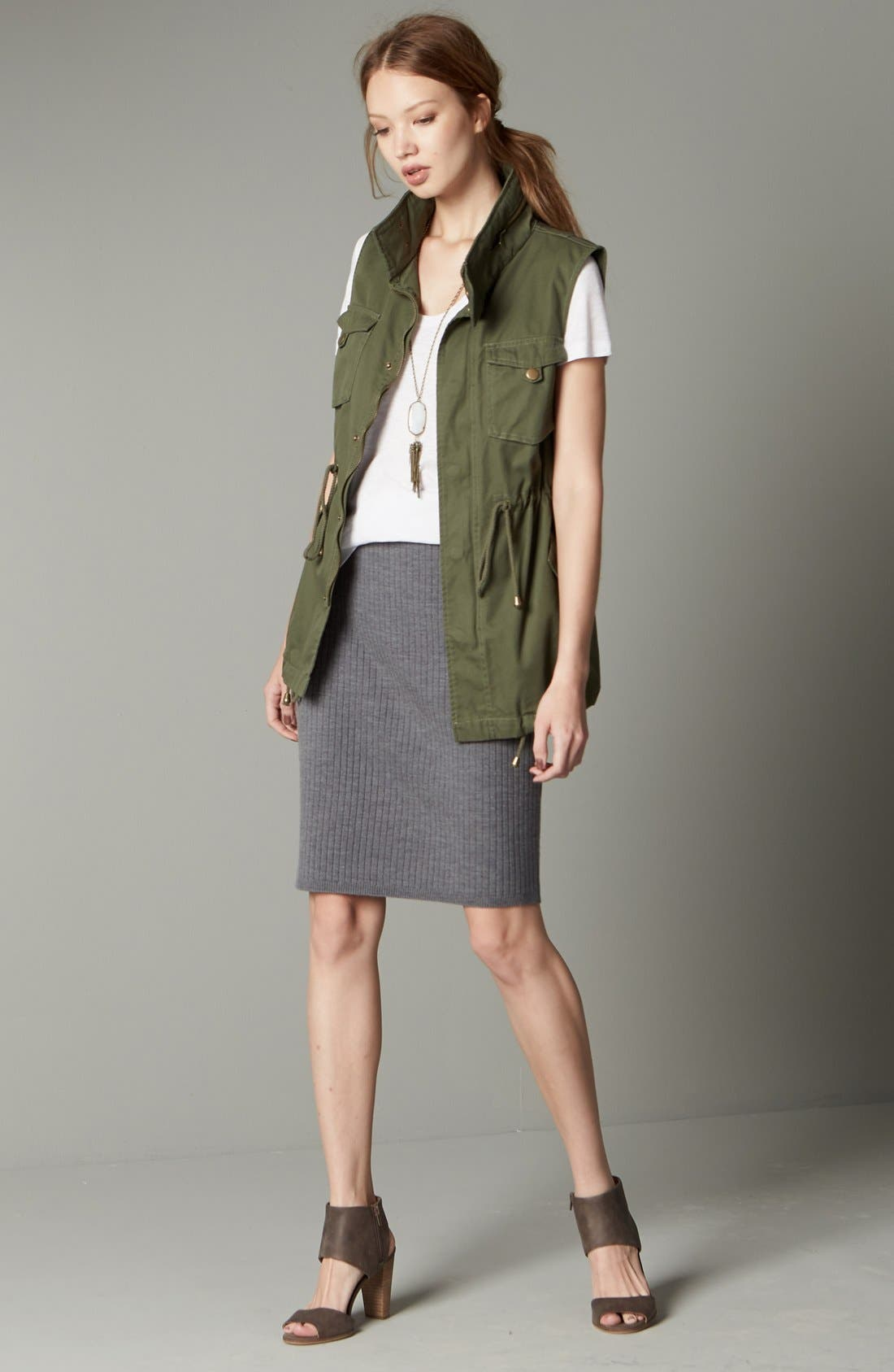 Pleione Vest, Caslon® Tee & Halogen® Skirt Outfit with Accessories