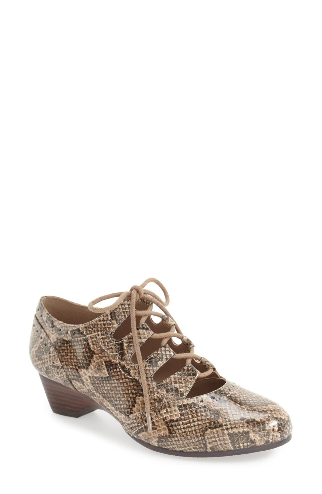 Alternate Image 1 Selected - Bella Vita Posie Ghillie Oxford (Women)