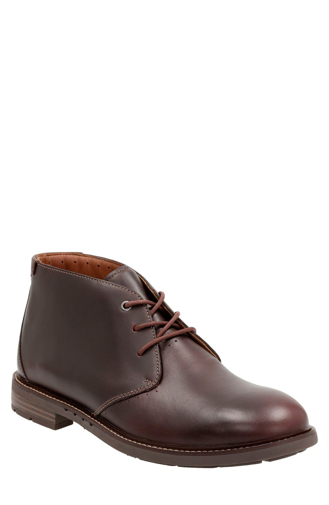 Clarks® 'Unstructured - Elliott' Chukka Boot (Men)