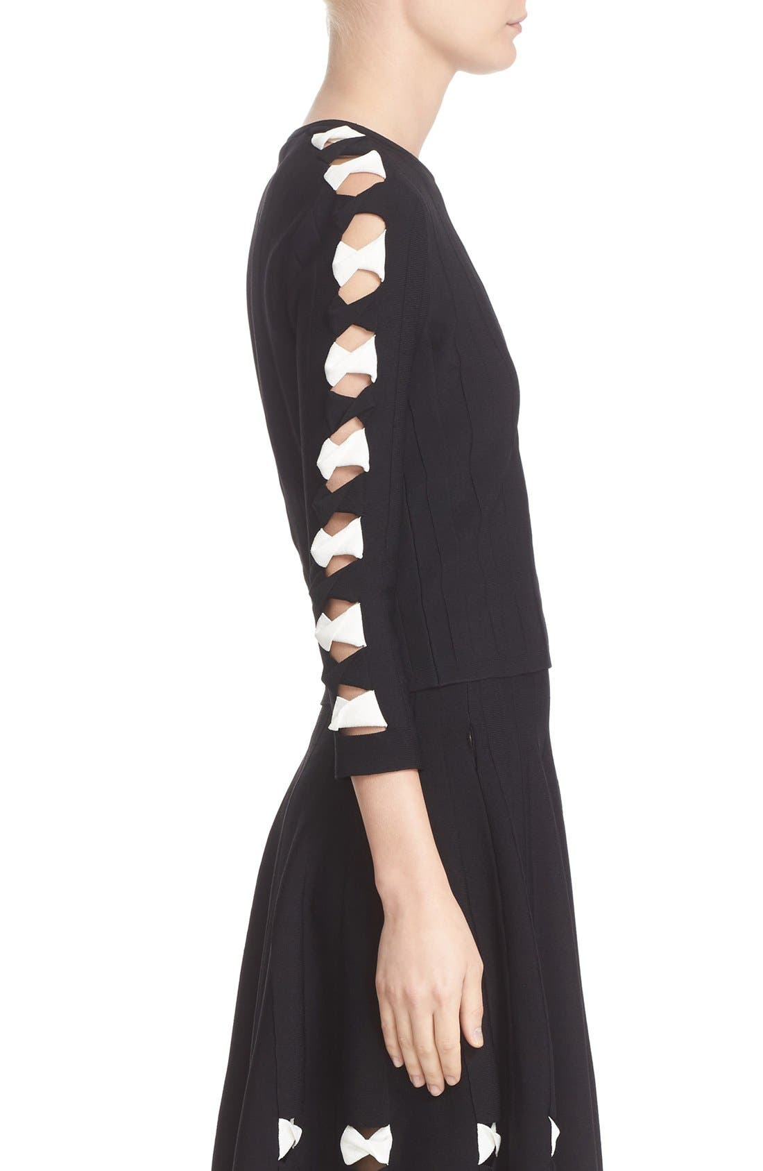Twisted Cutout Knit Top,                             Alternate thumbnail 4, color,                             Black/ Ivory
