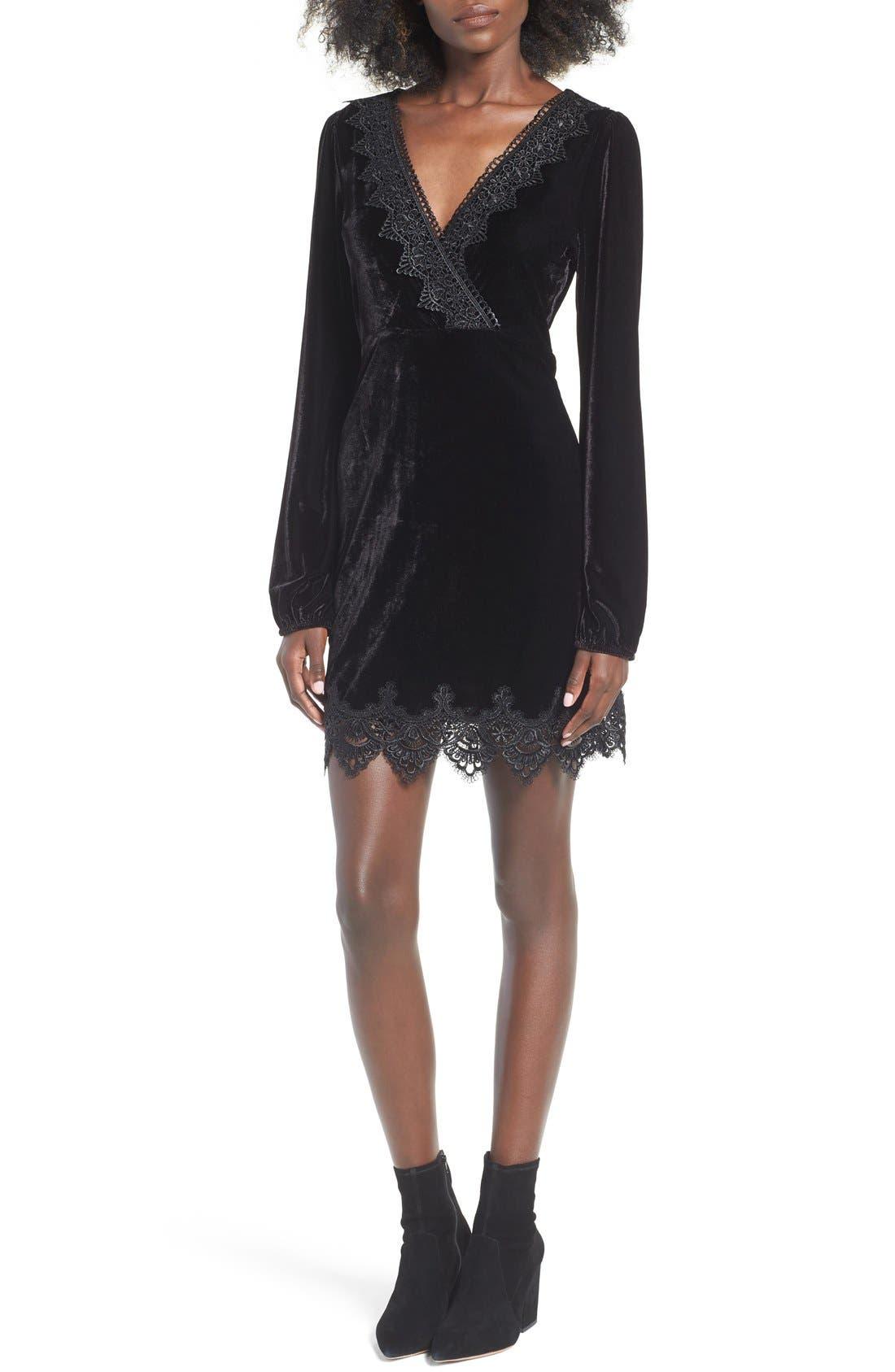 Main Image - 4SI3NNA Velvet Trim Minidress