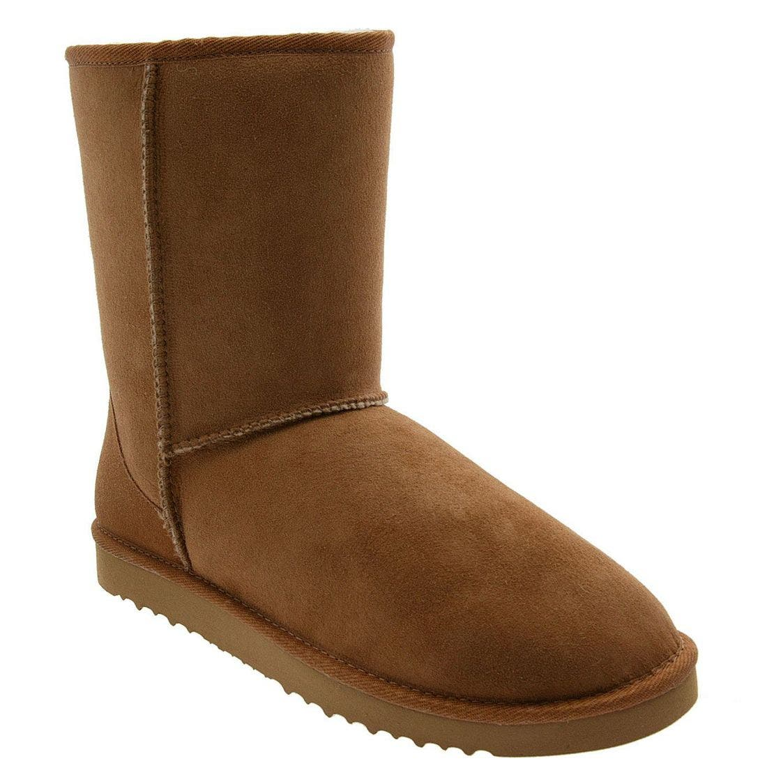 ugg classic short boots chestnut