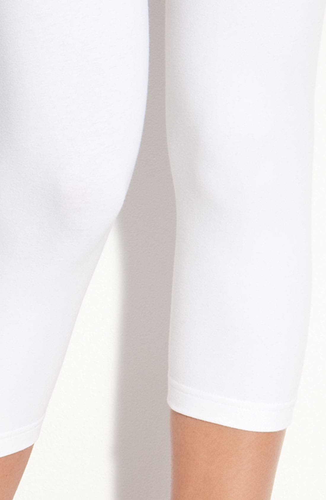Alternate Image 3  - Nordstrom Capri Leggings