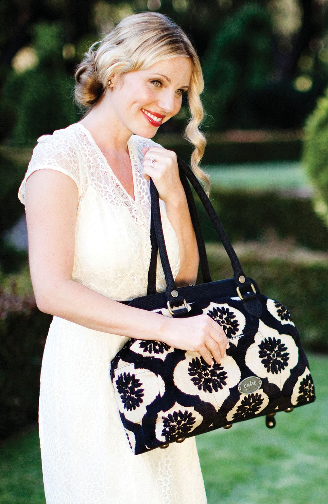 Alternate Image 3  - Petunia Pickle Bottom 'Cosmopolitan Carryall' Diaper Bag