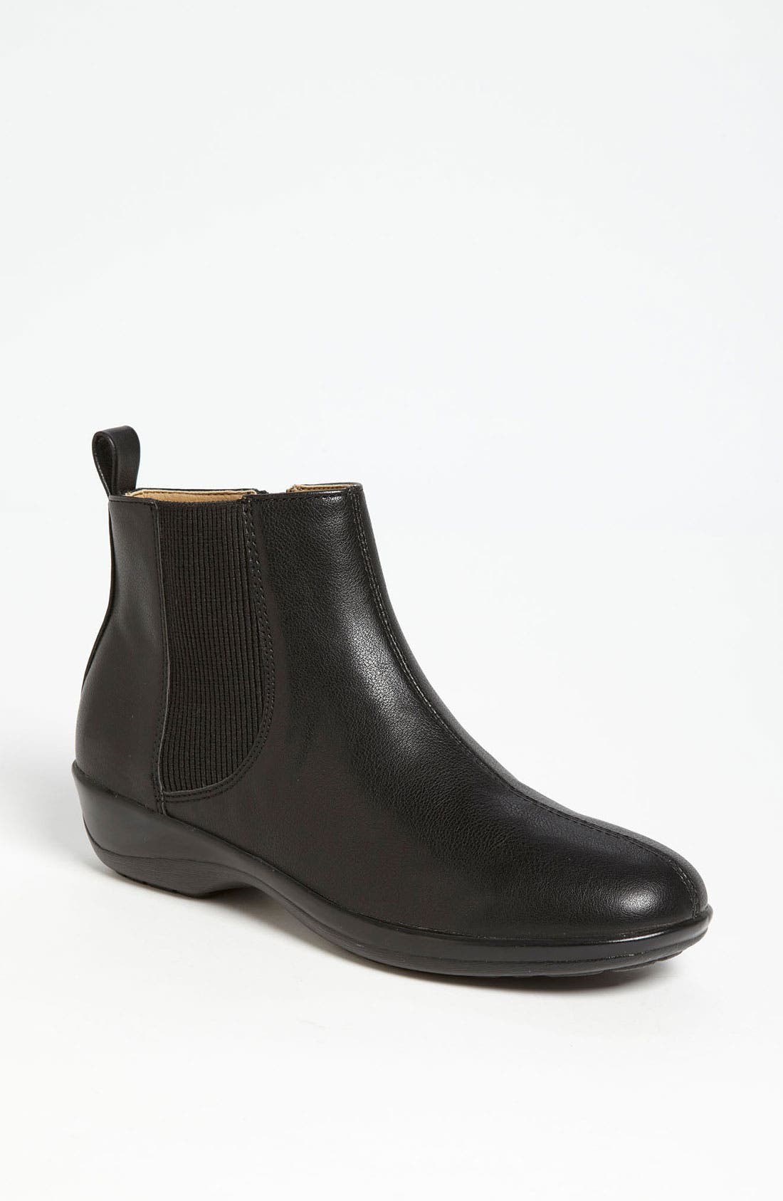 Alternate Image 1 Selected - Softspots 'Aggie' Bootie
