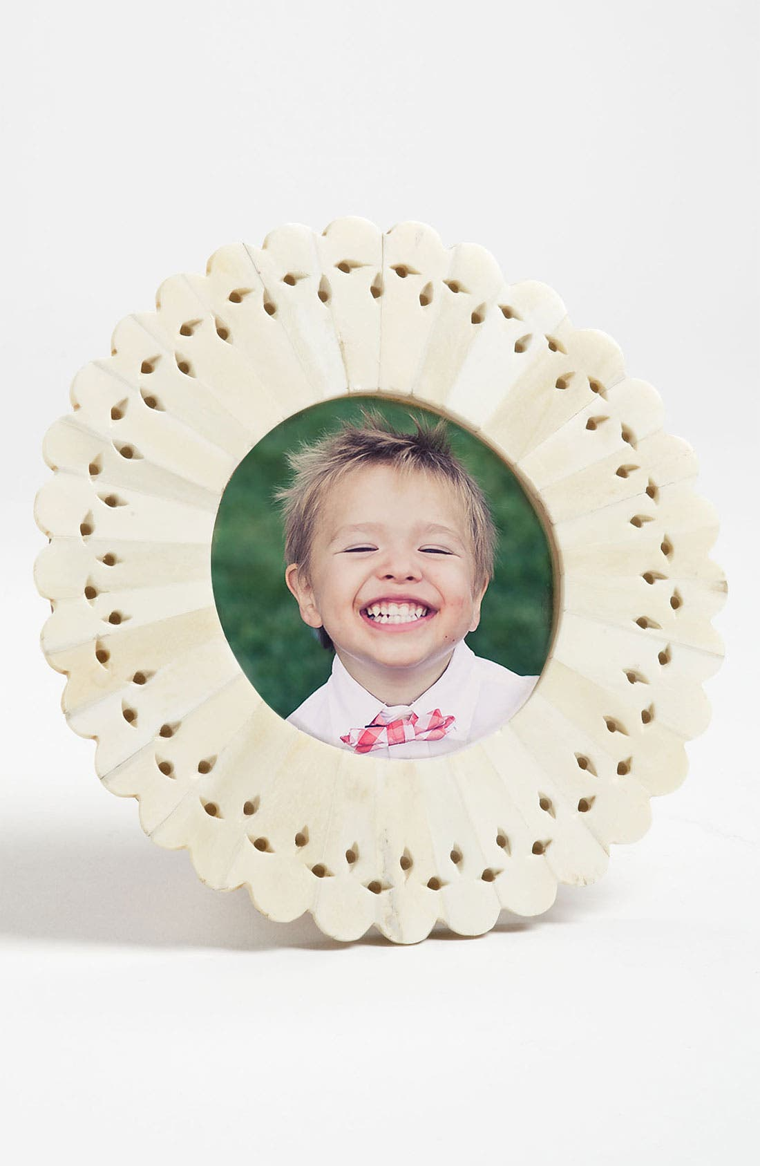 Alternate Image 1 Selected - Circular Photo Frame (4x4)