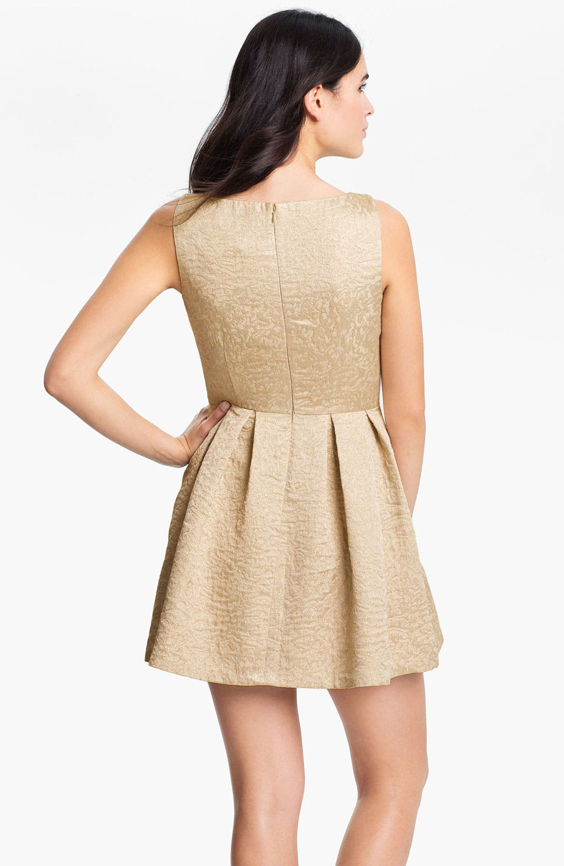 Alternate Image 2  - Vince Camuto Sleeveless Jacquard Dress