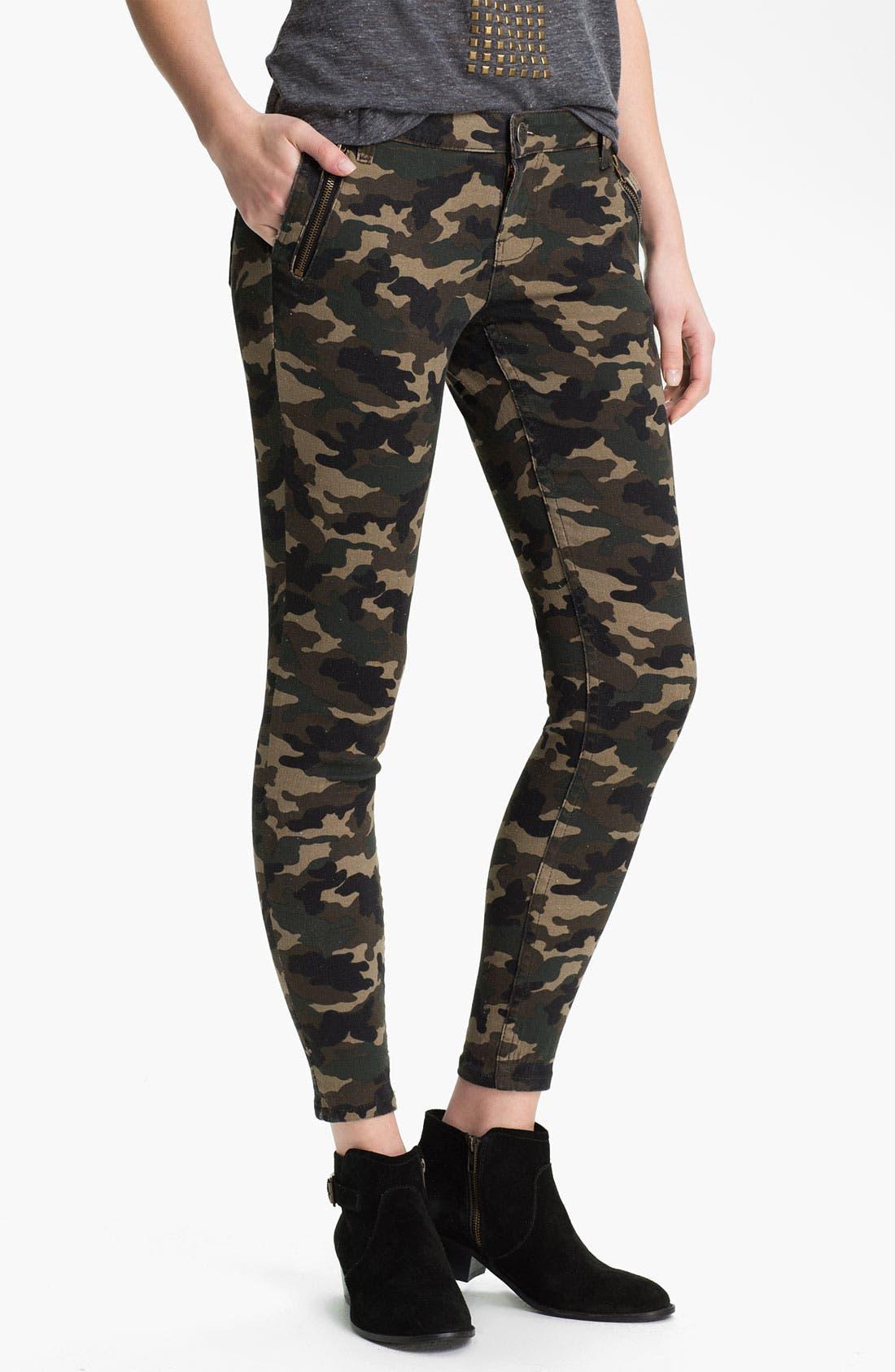 Main Image - See Thru Soul Camo Print Skinny Pants (Juniors)