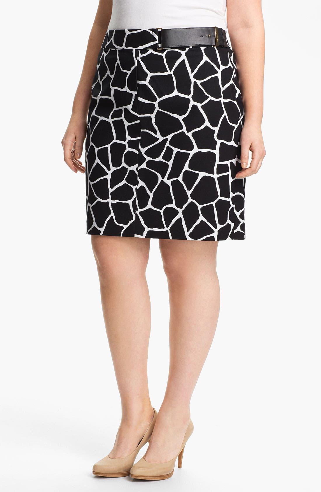 Alternate Image 1 Selected - MICHAEL Michael Kors Giraffe Print Pencil Skirt (Plus)