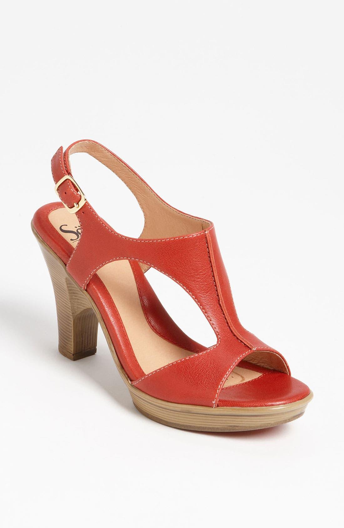 Main Image - Söfft 'Vannie' Sandal