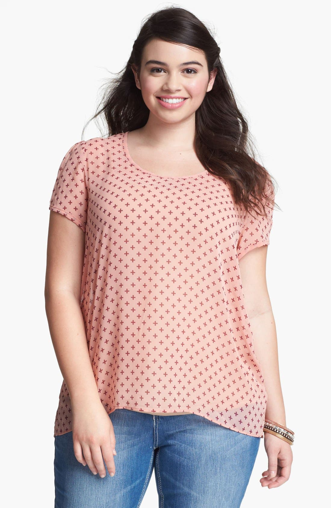 Main Image - Painted Threads Print High/Low Blouse (Juniors Plus)