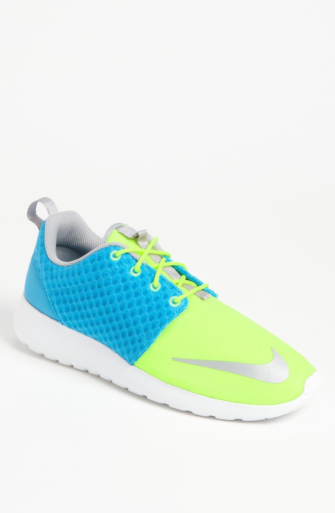 Alternate Image 1 Selected - Nike 'Roshe Run FB' Sneaker (Men)