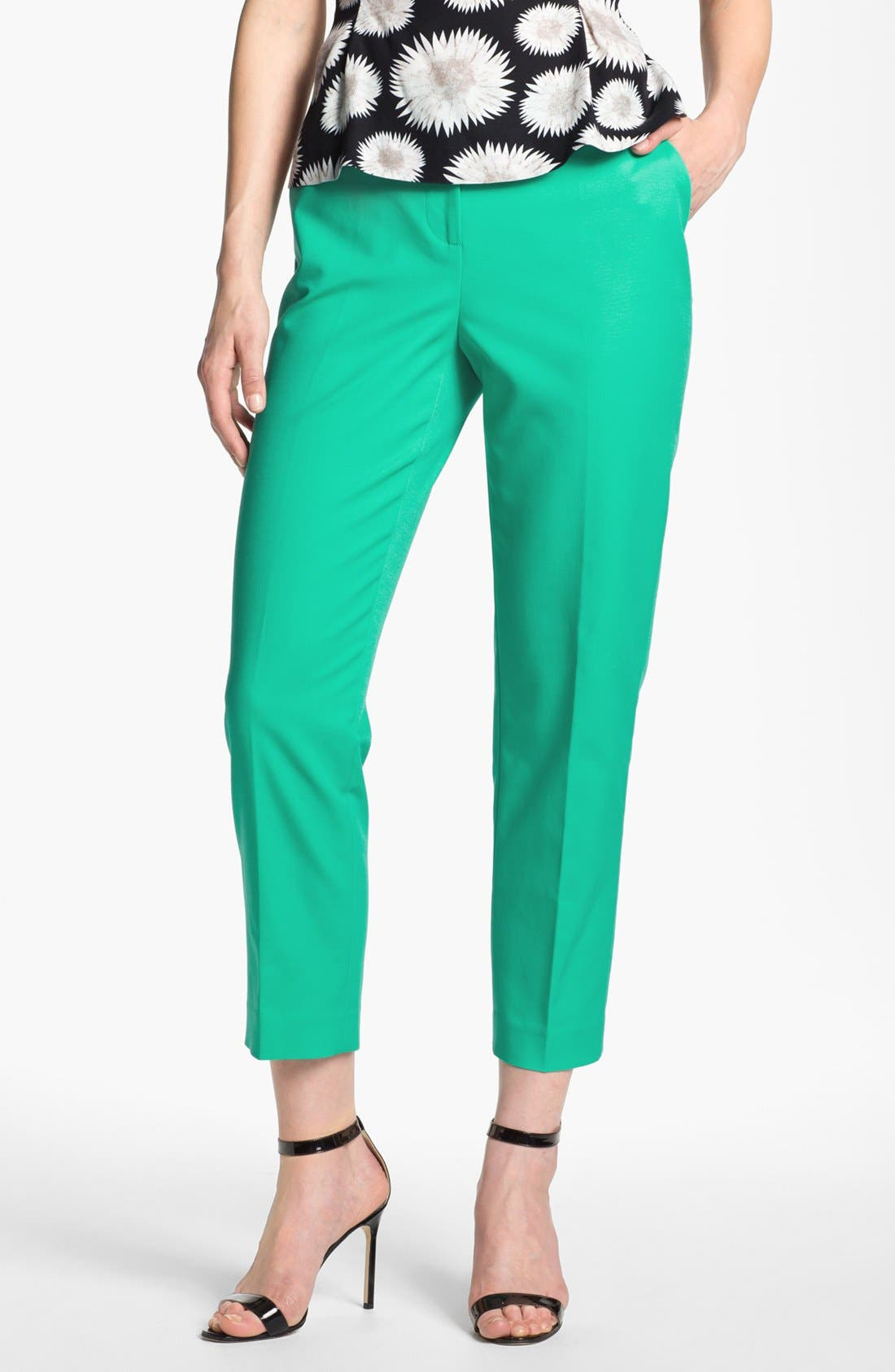 Alternate Image 1 Selected - Halogen® 'Taylor' Curvy Fit Crop Pants