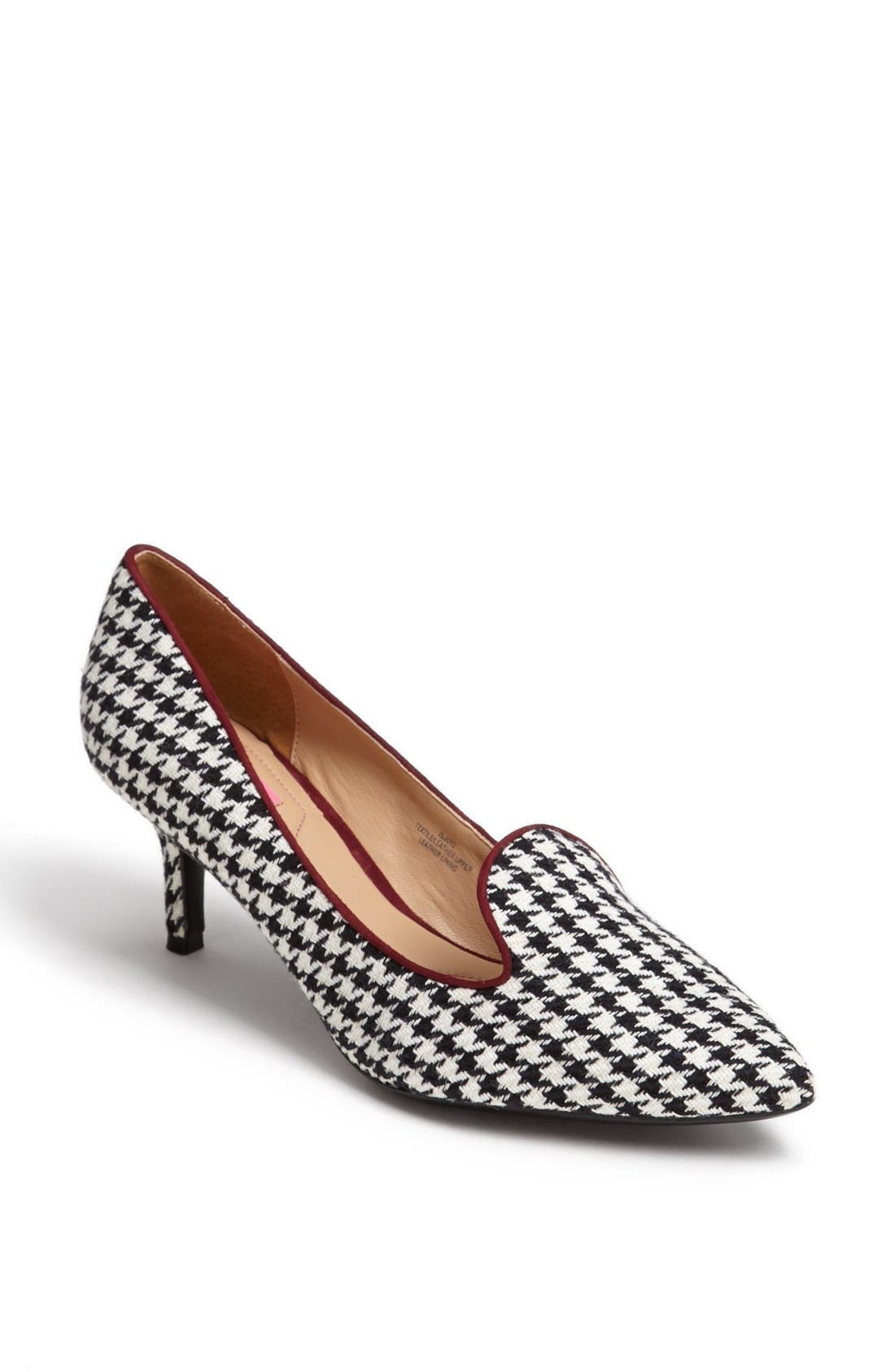 Alternate Image 1 Selected - Isaac Mizrahi New York 'Joy' Pump