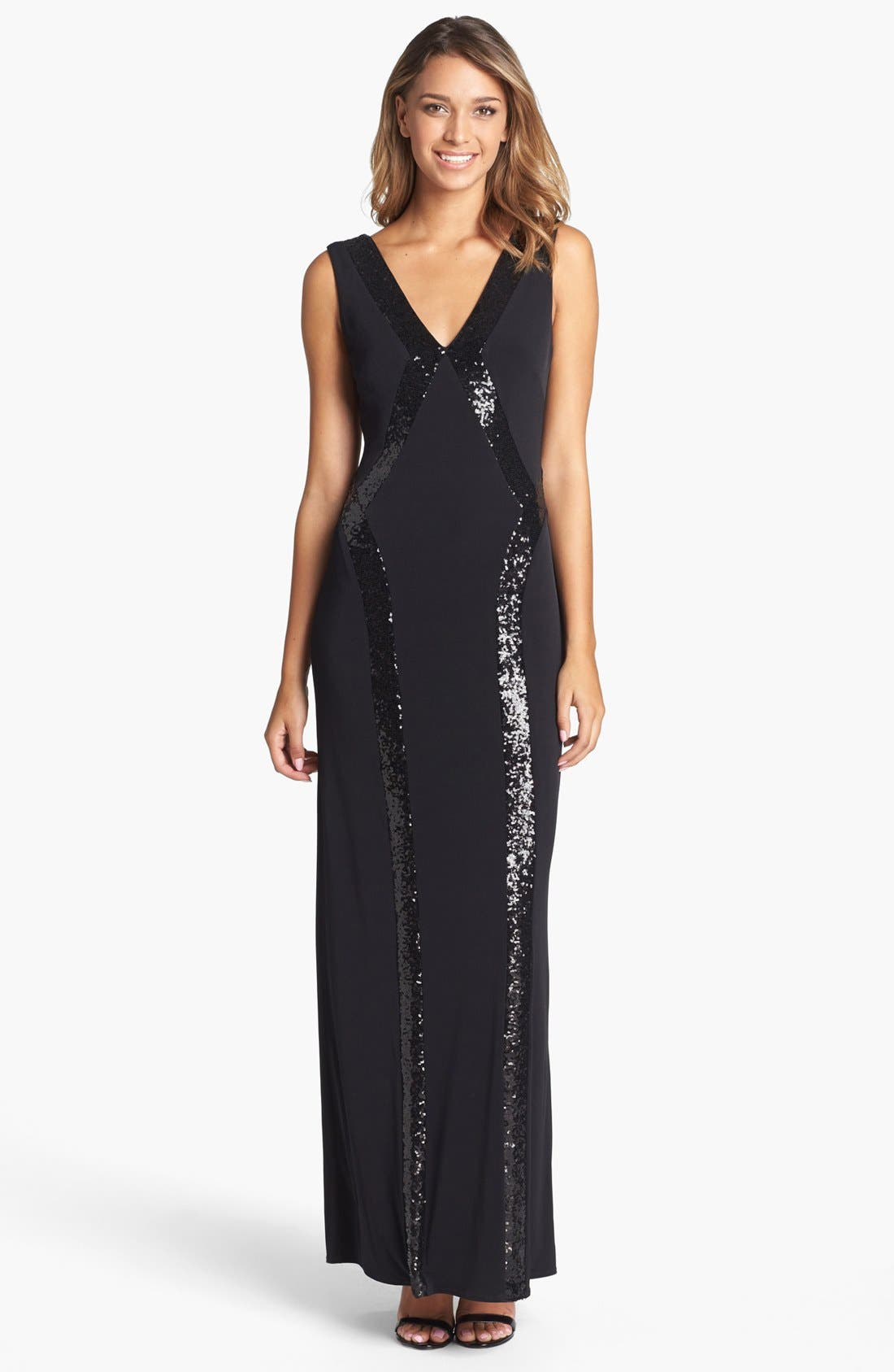 Main Image - Laundry by Shelli Segal Sequin Trim Jersey Gown
