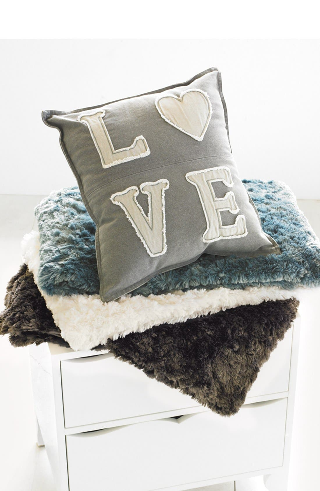 Alternate Image 5  - Nordstrom at Home 'Shaggy' Plush Throw Blanket