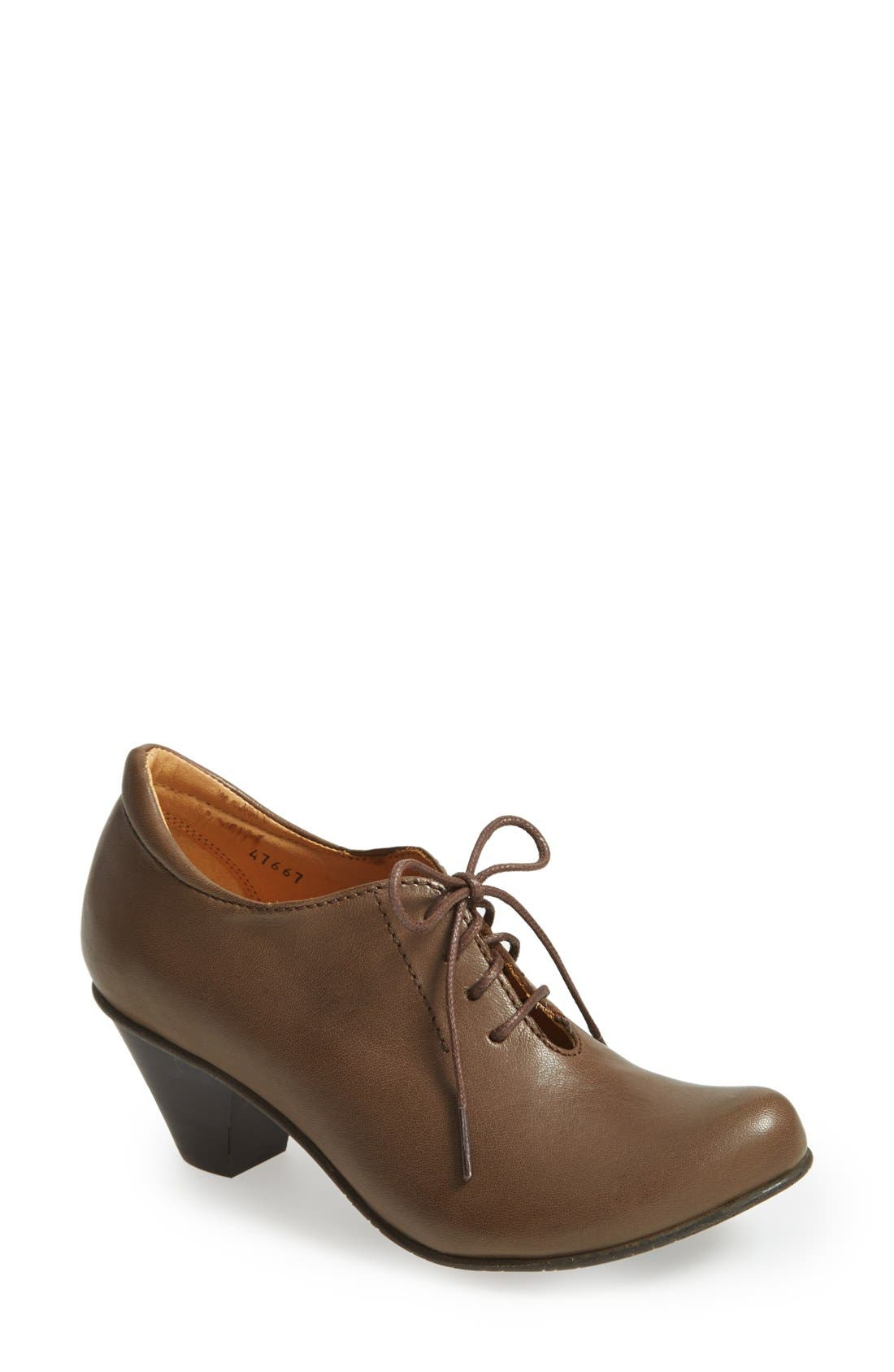 Alternate Image 1 Selected - Fidji 'L870' Oxford Pump (Women)