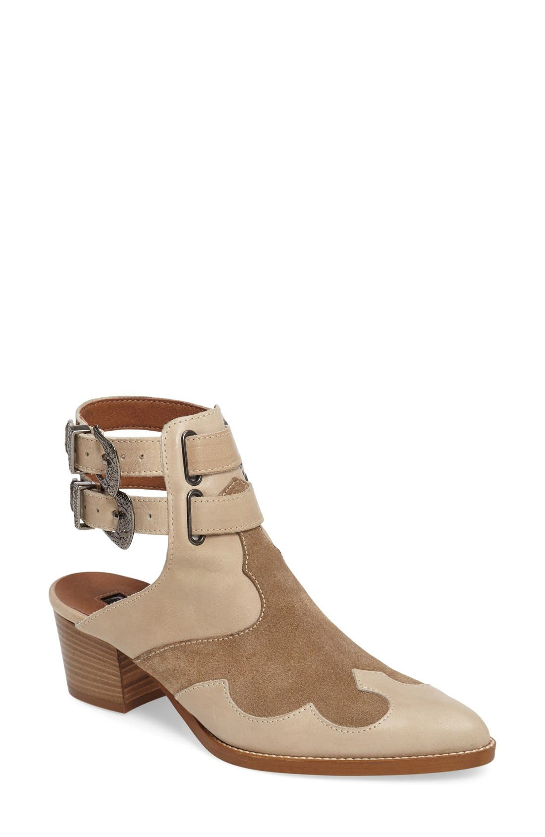 Alternate Image 1 Selected - Topshop 'Austin' Western Bootie (Women)