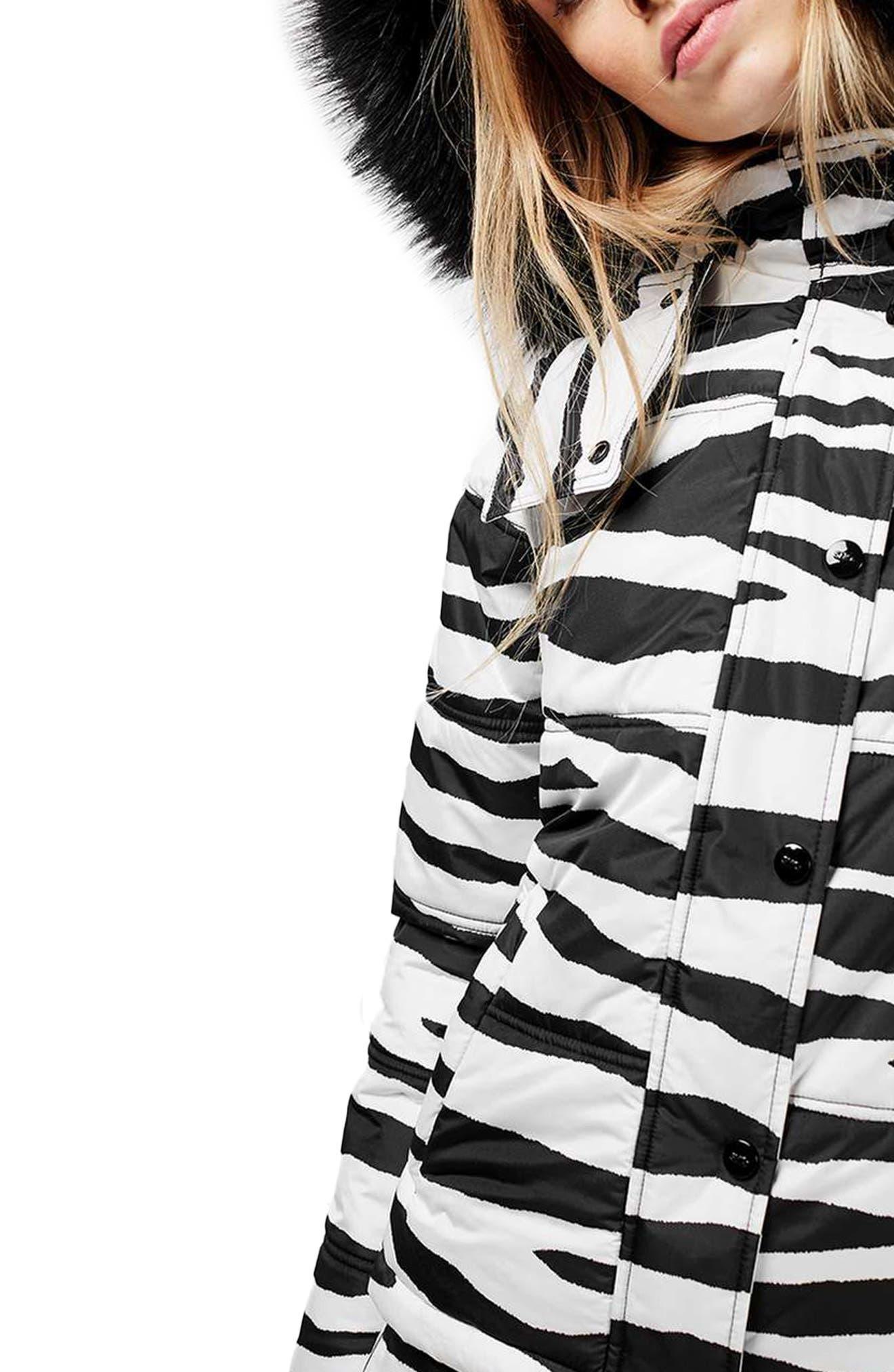 Main Image - Topshop Hero Puffer Ski Jacket