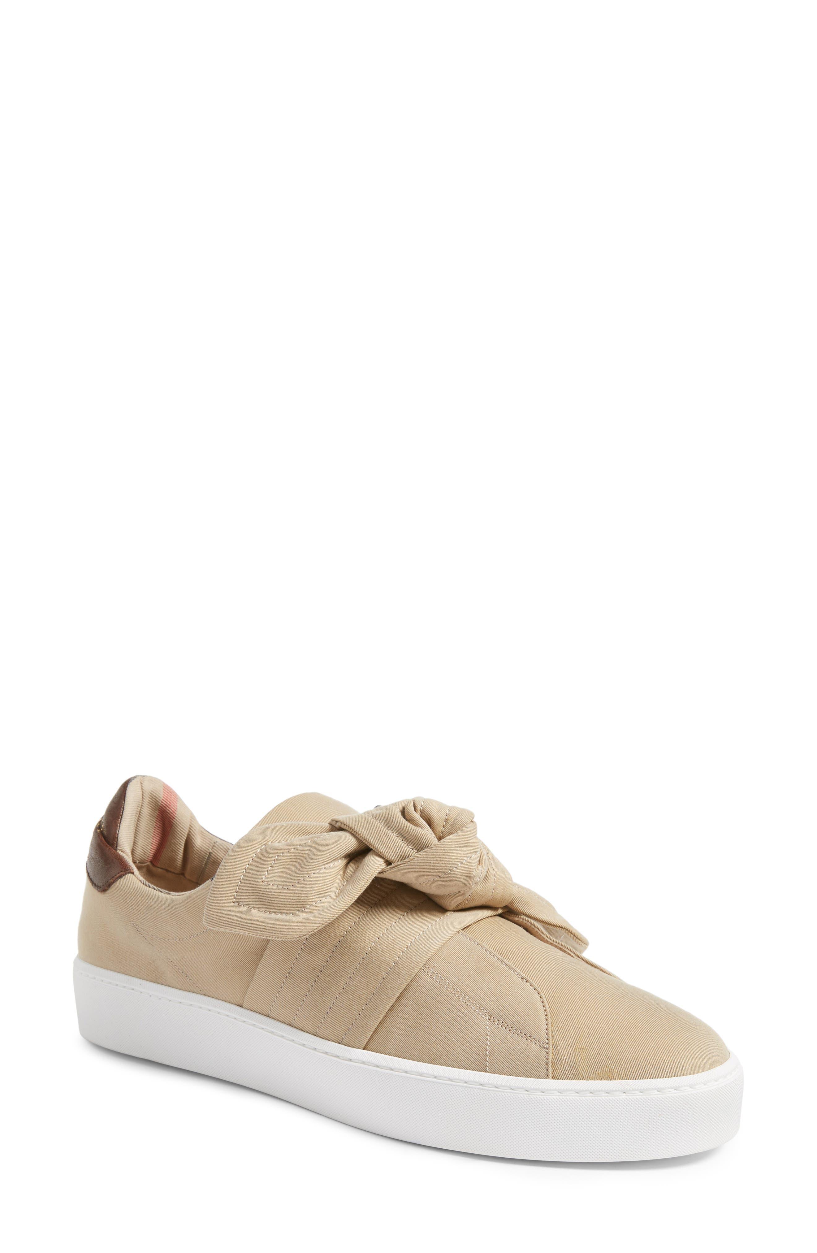 Burberry Knot Leather Sneaker (Women)