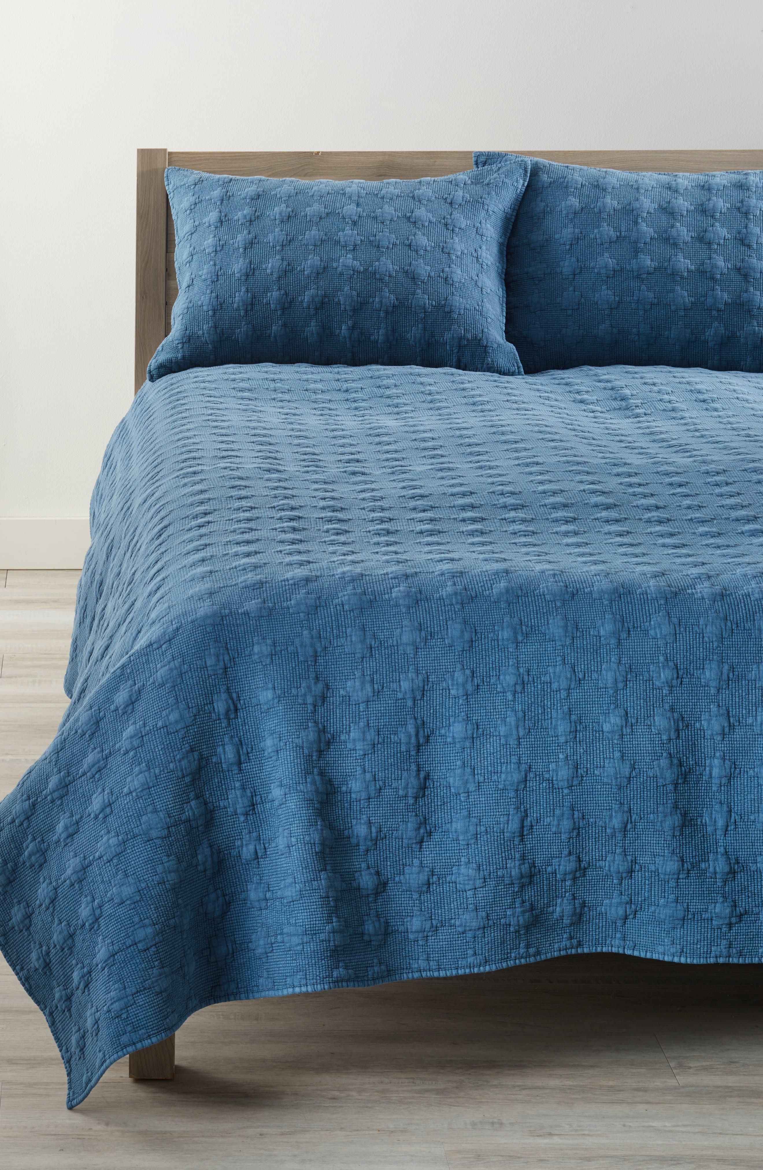Nordstrom at Home Garment Wash Quilt