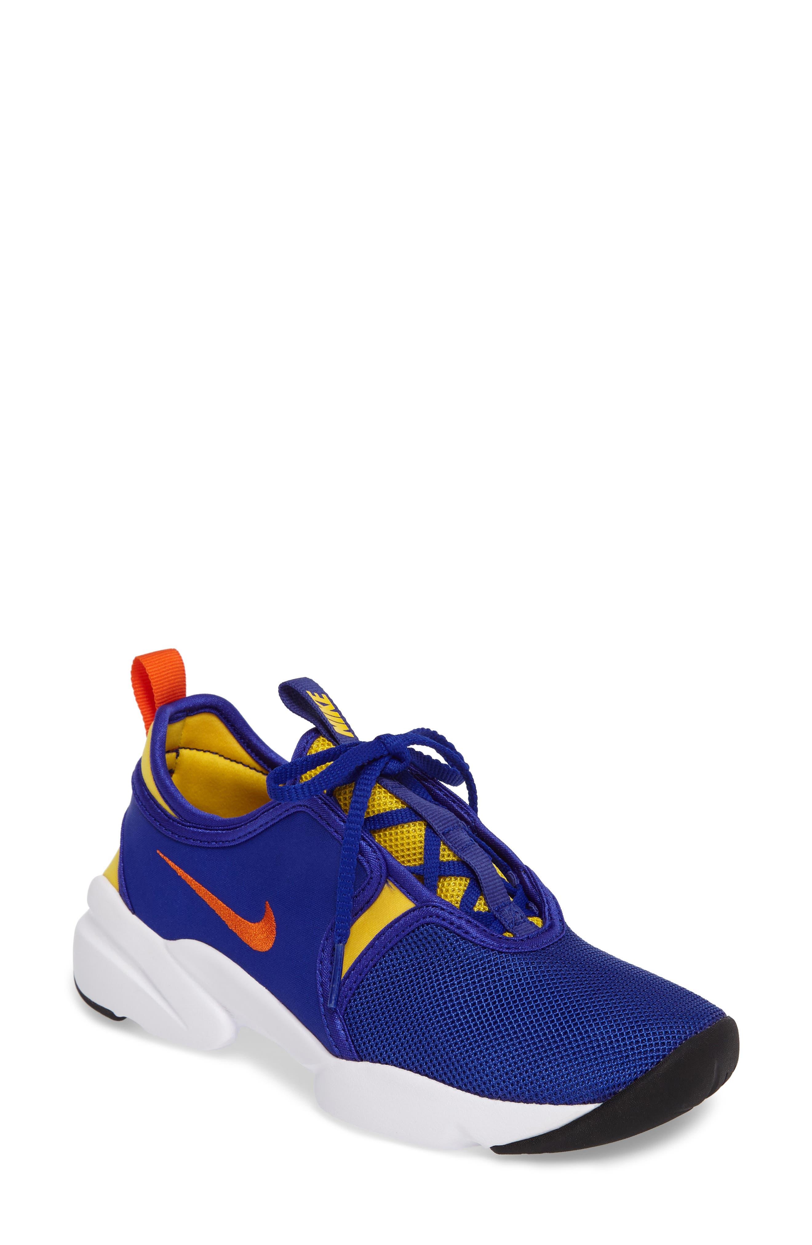Alternate Image 1 Selected - Nike Loden Sneaker (Women)