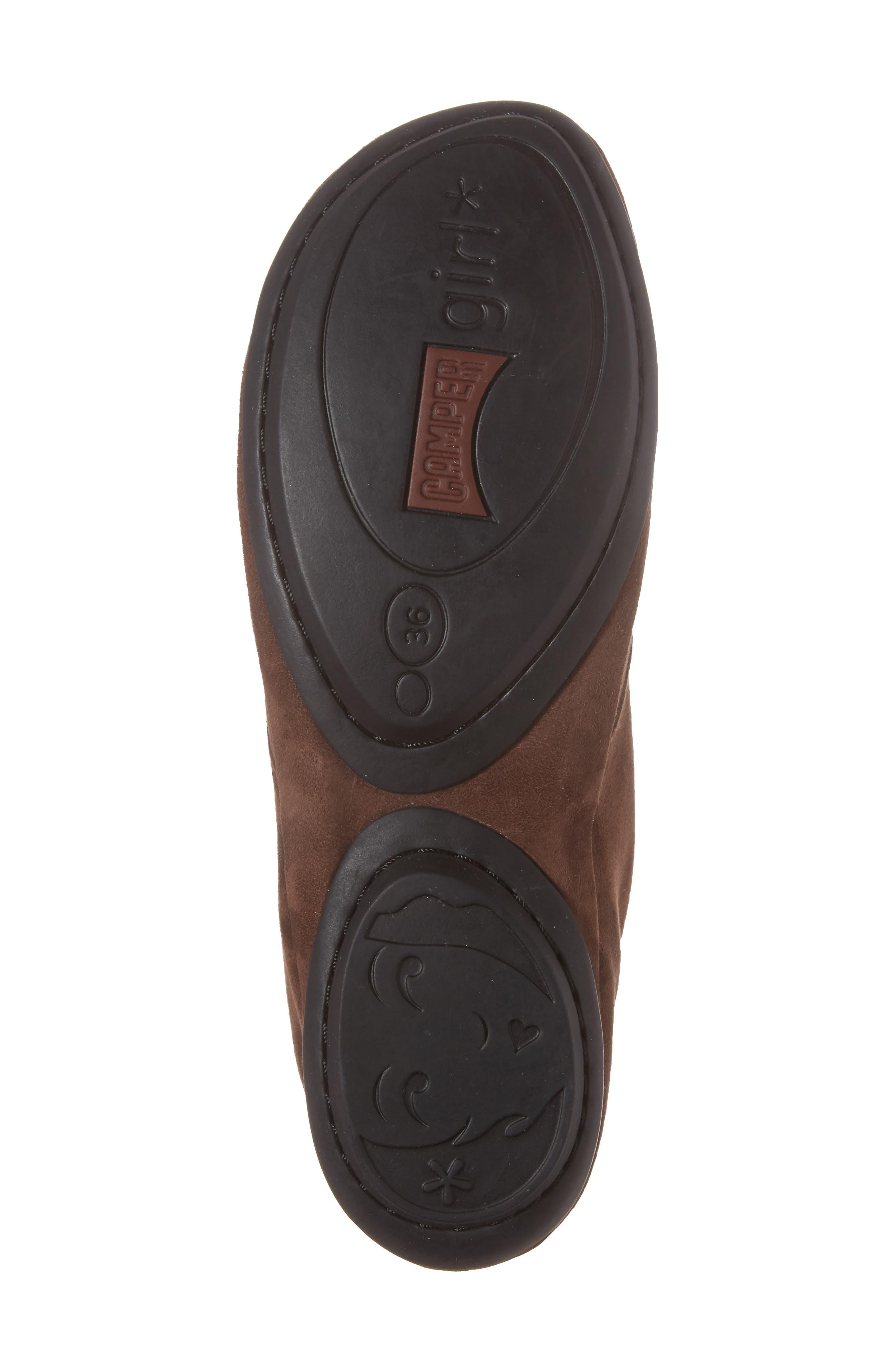 Right Nina Desert Shoe,                             Alternate thumbnail 6, color,                             Medium Brown Leather