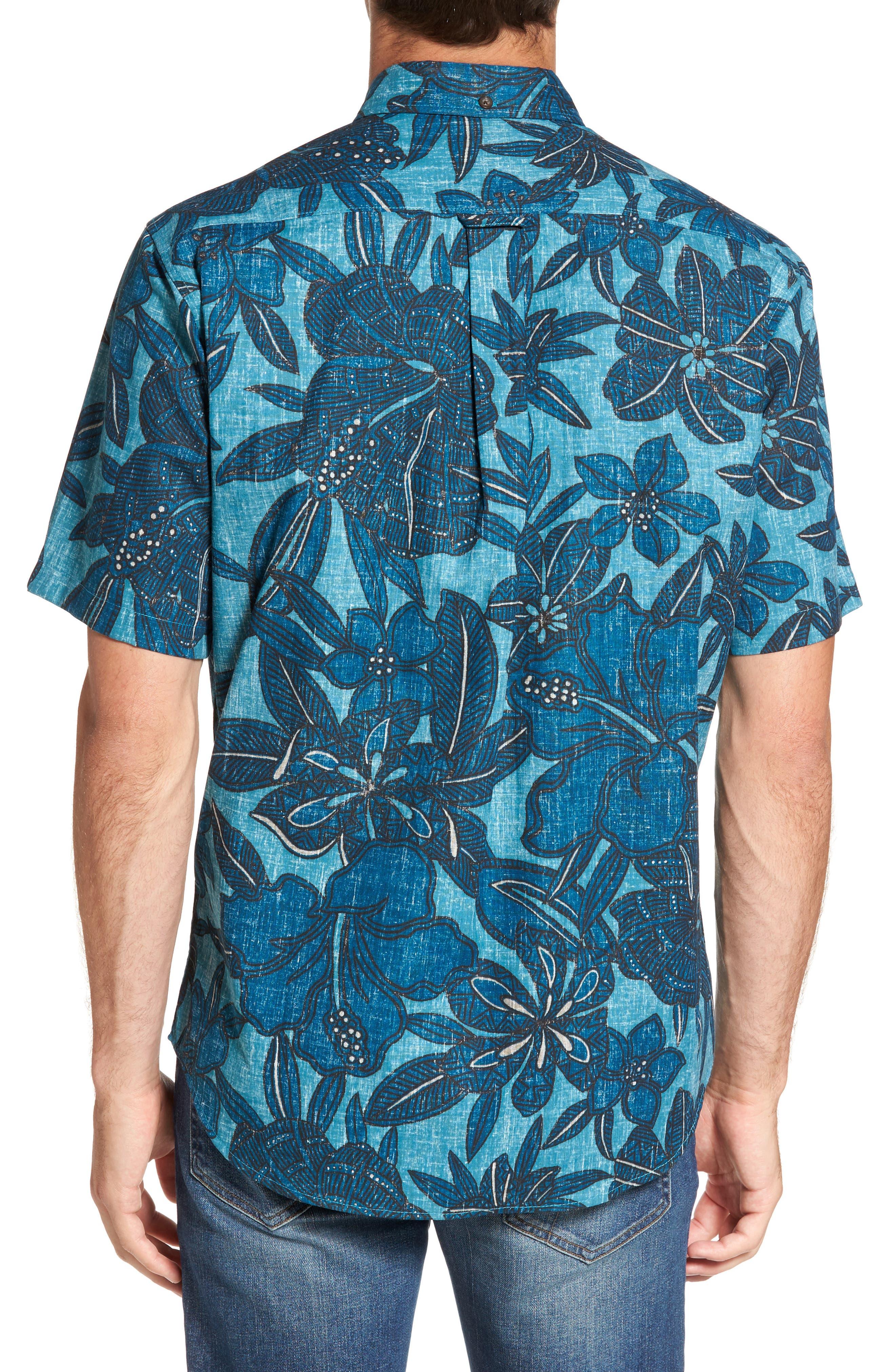 Alternate Image 2  - Reyn Spooner Tribal Blooms Classic Fit Sport Shirt
