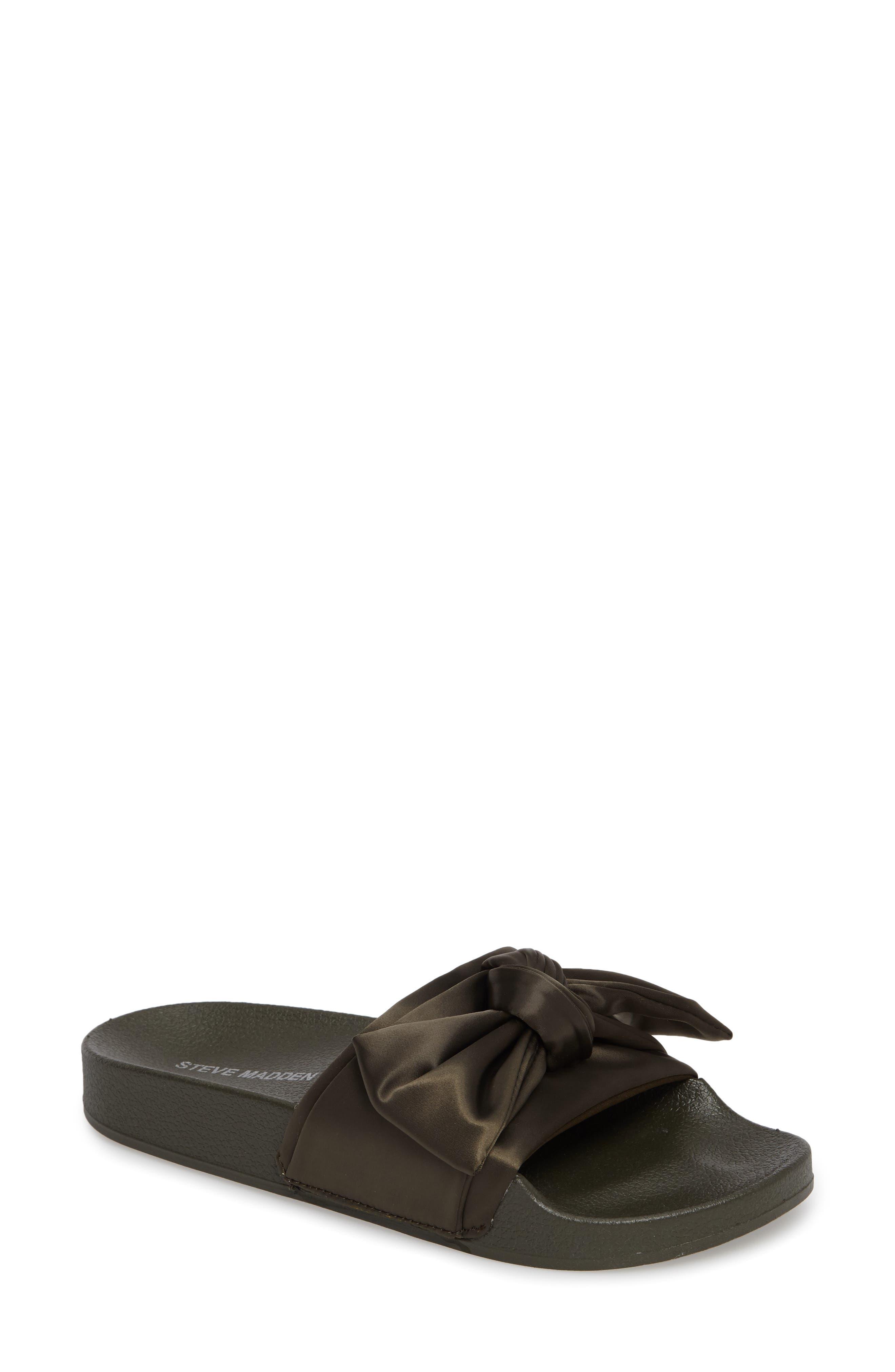 STEVE MADDEN Silky Slide Sandal