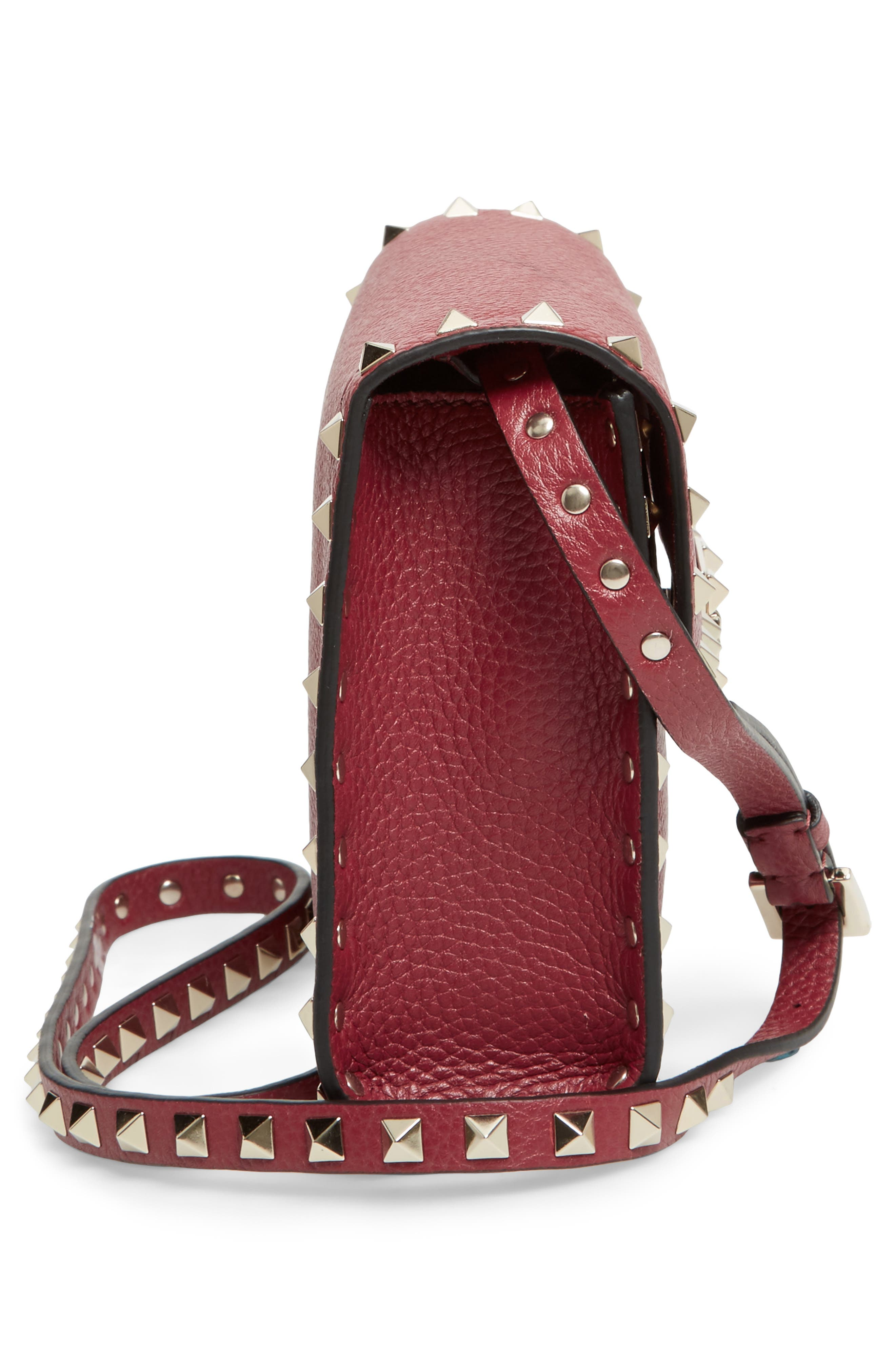 Alternate Image 5  - VALENTINO GARAVANI Medium Rockstud Leather Messenger Bag