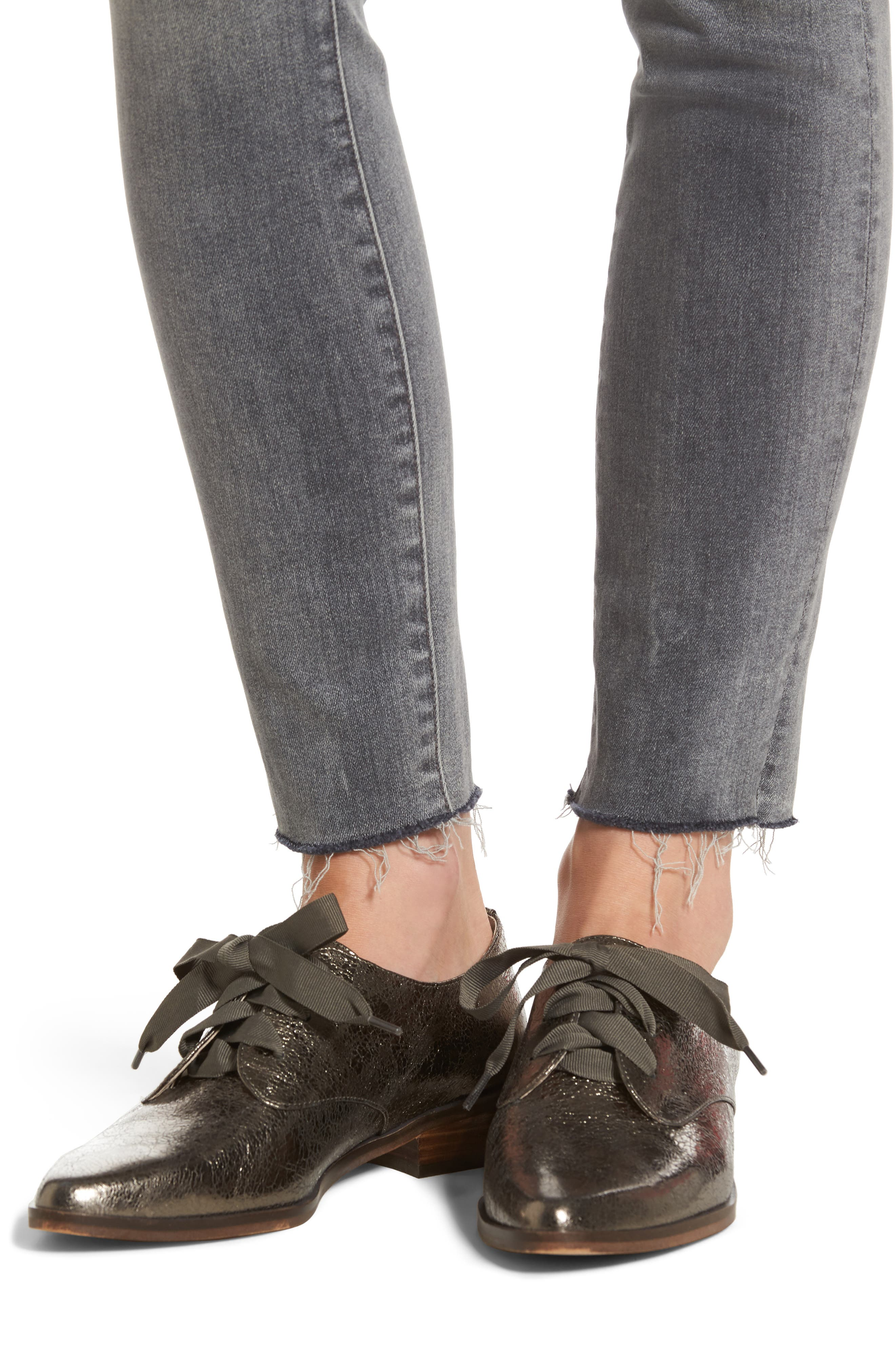 Alternate Image 4  - MOTHER The Looker Frayed Ankle Skinny Jeans (Huntress)