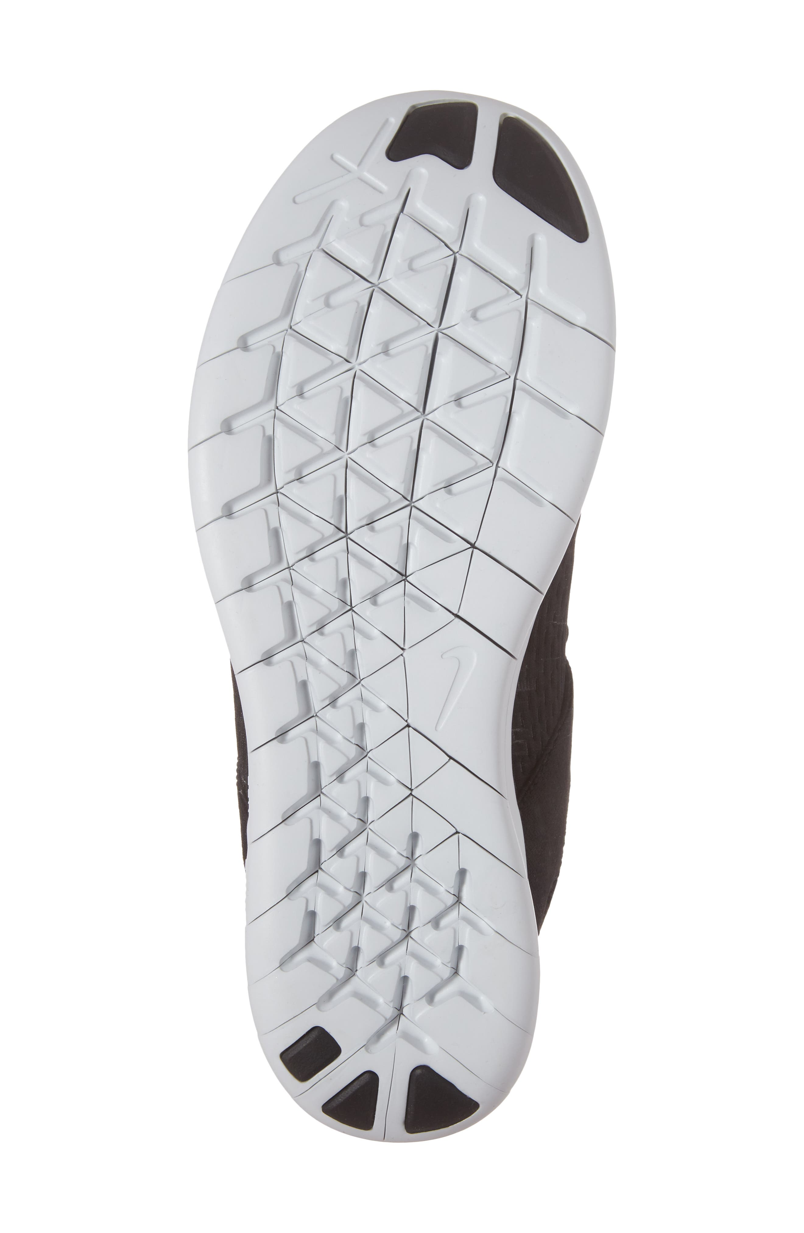 Alternate Image 6  - Nike Free RN CMTR Running Shoe (Women)