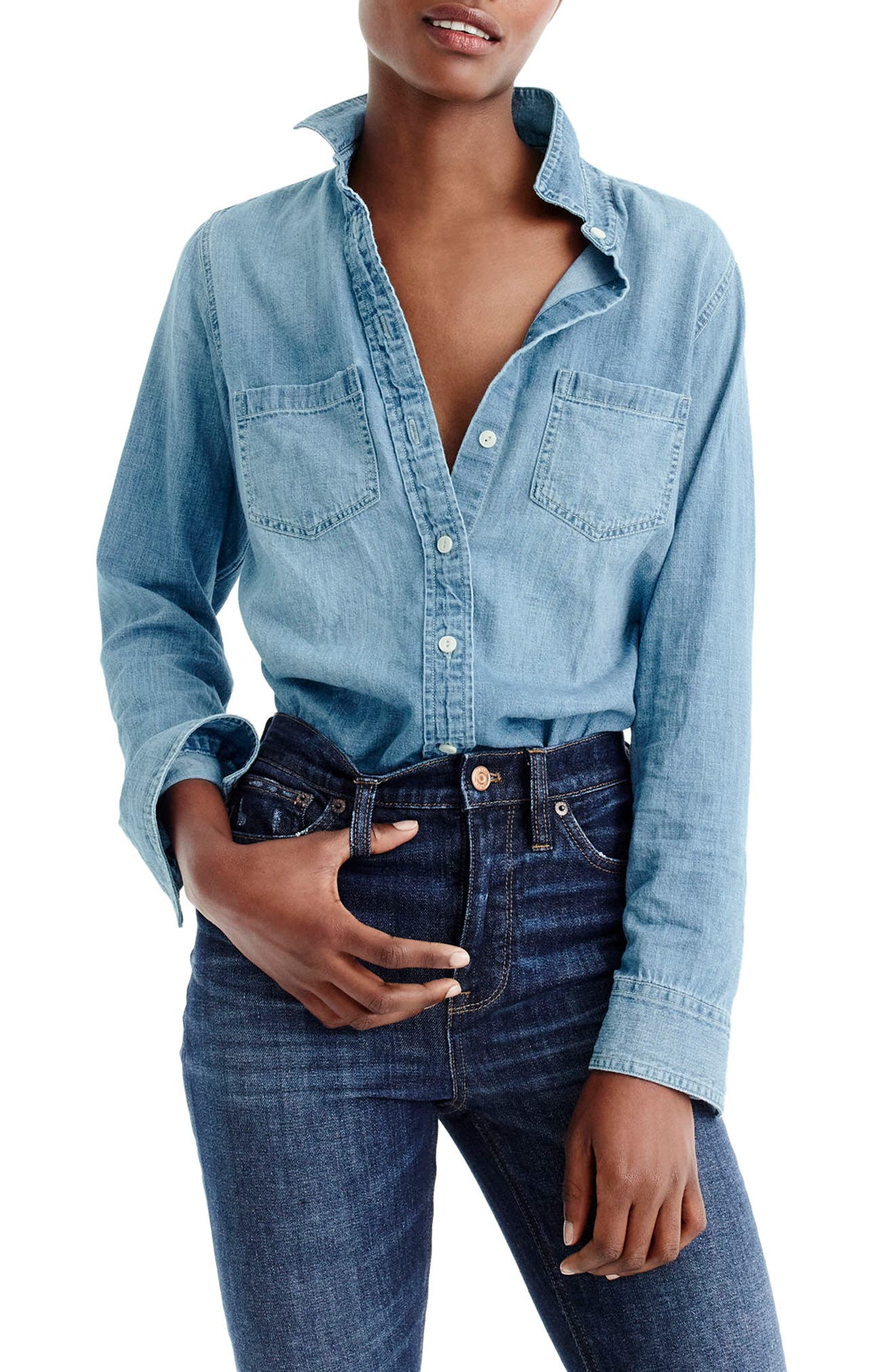 Main Image - J.Crew Everyday Chambray Shirt (Regular & Petite)