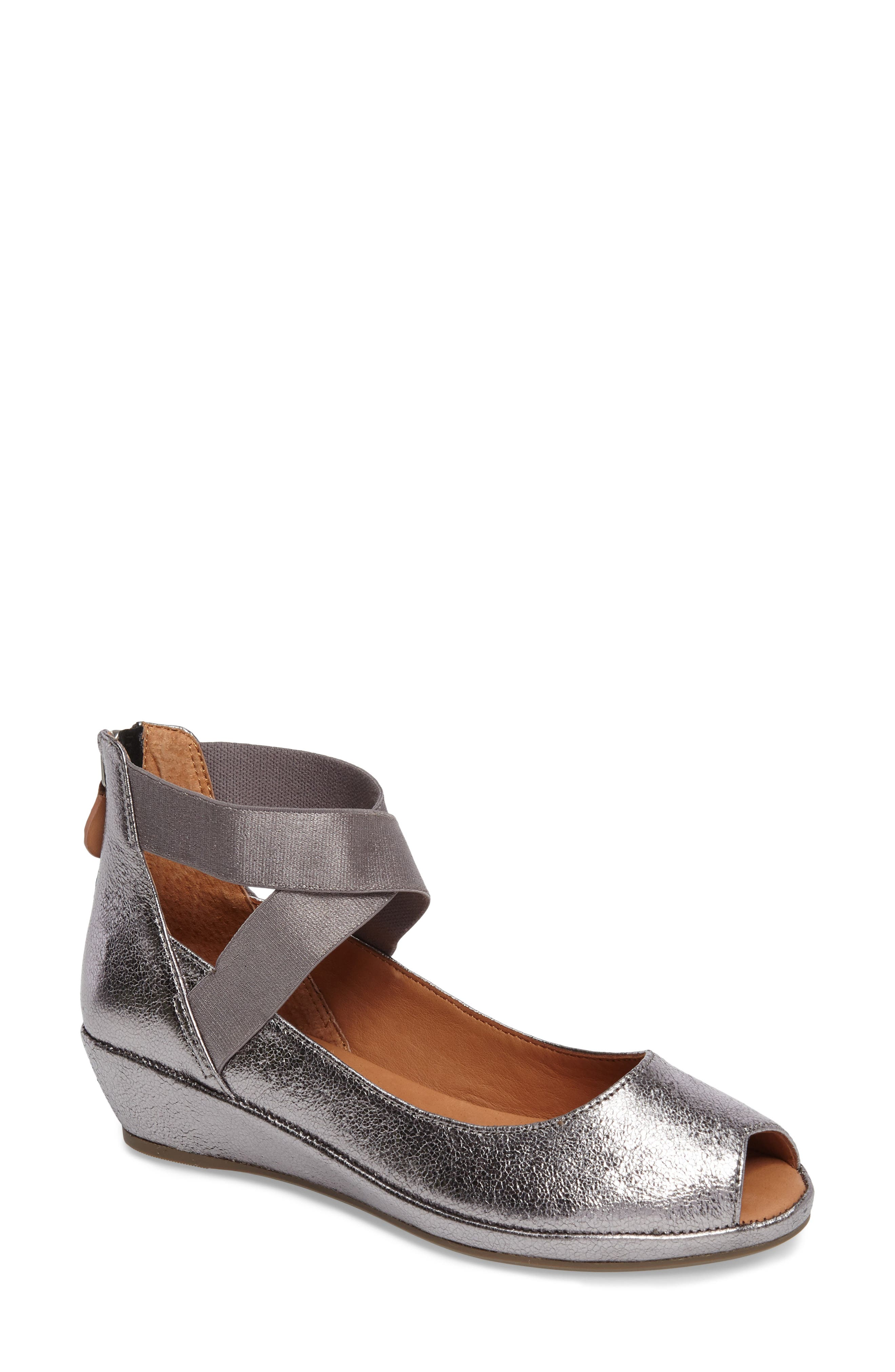 Lisa Wedge Pump,                         Main,                         color, Anthracite Leather