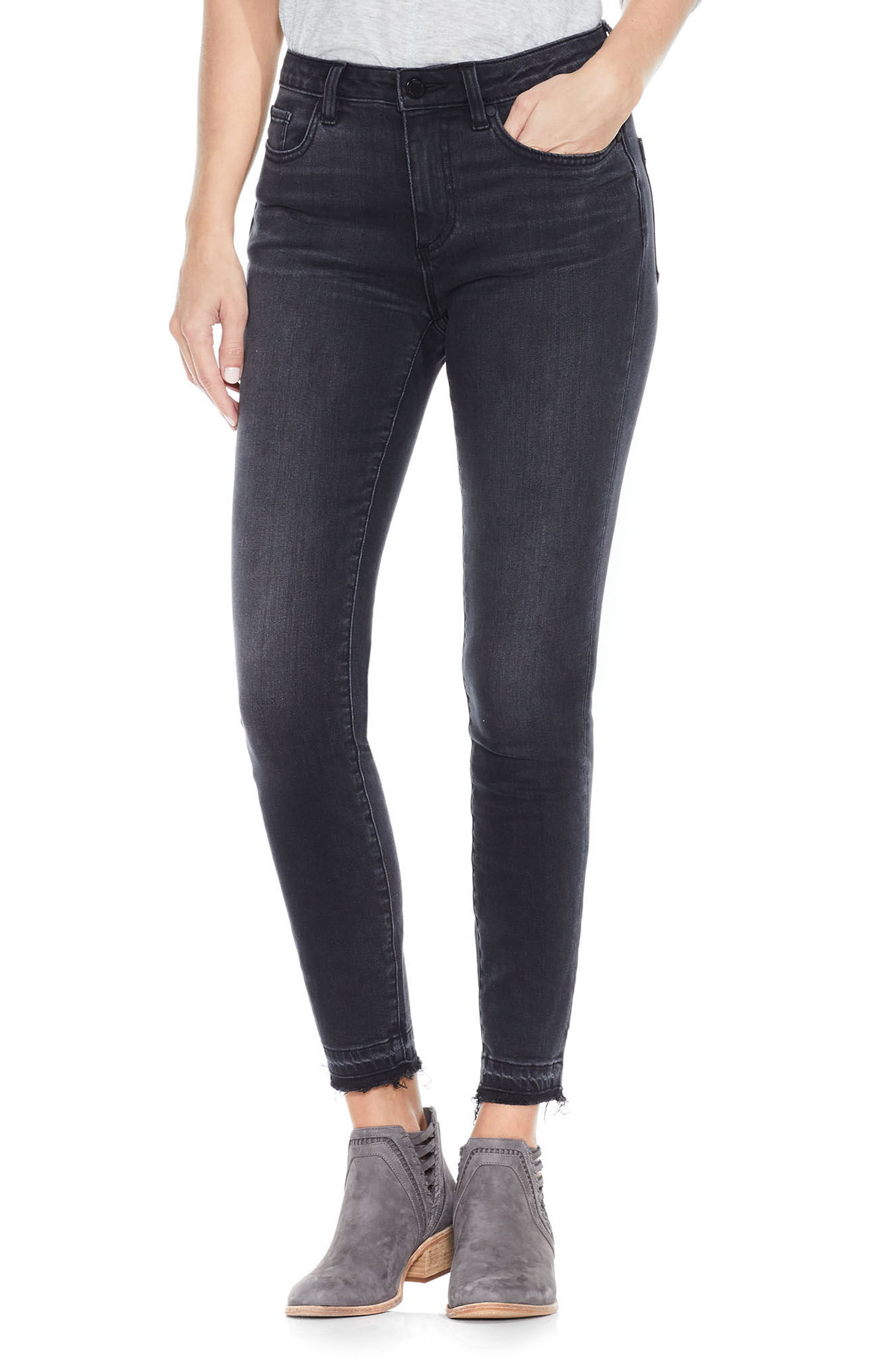 Alternate Image 1 Selected - Two by Vince Camuto Release Hem Ankle Jeans (Coal)