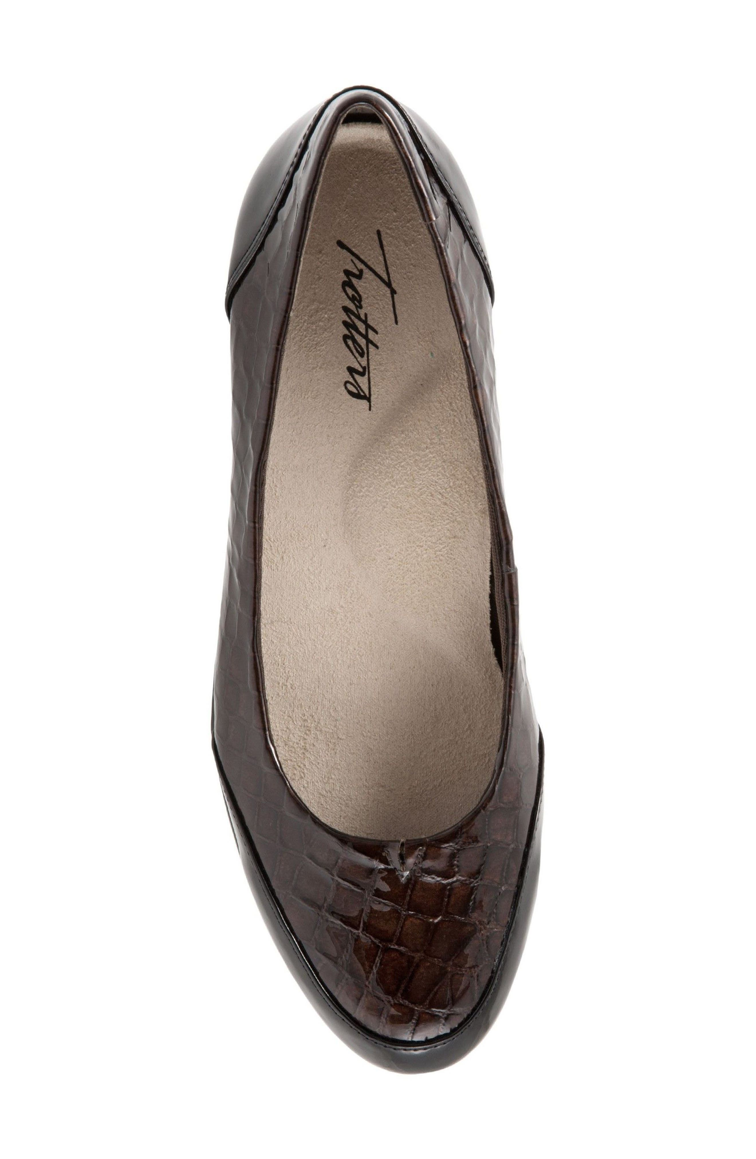 Alternate Image 5  - Trotters Arnello Flat (Women)